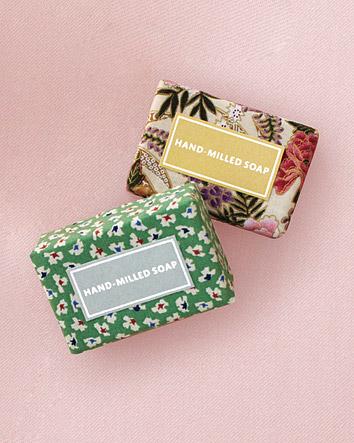 favors-soap-mwd107607.jpg