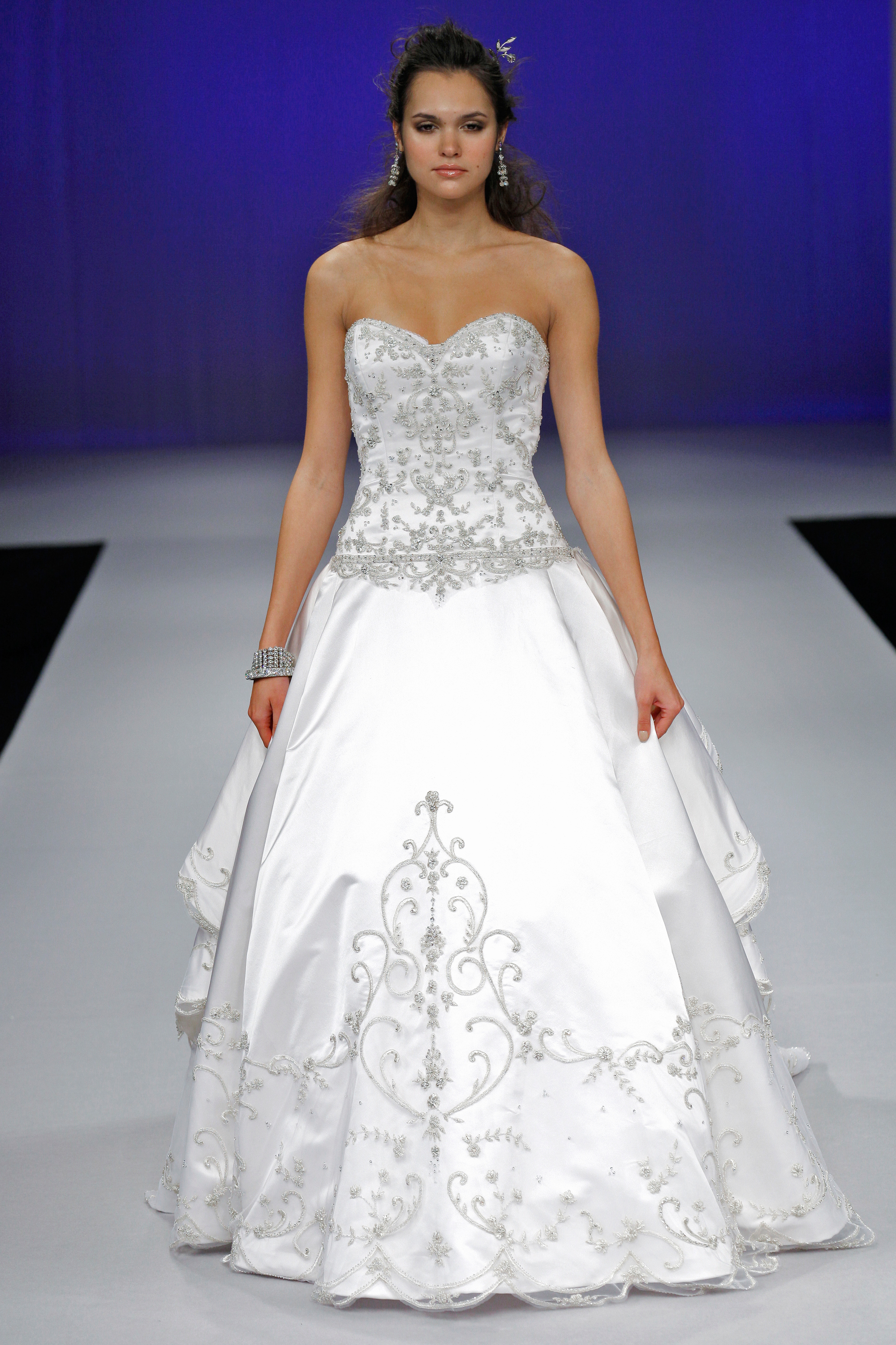 eve-of-milday-fall2012-wd108109-013-df.jpg