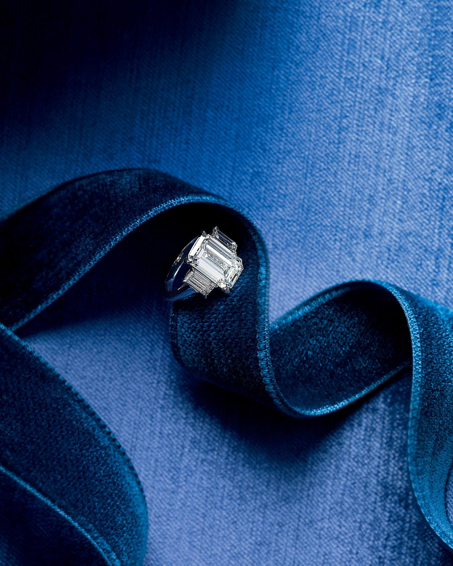 rings-dimonds-mwd107940.jpg