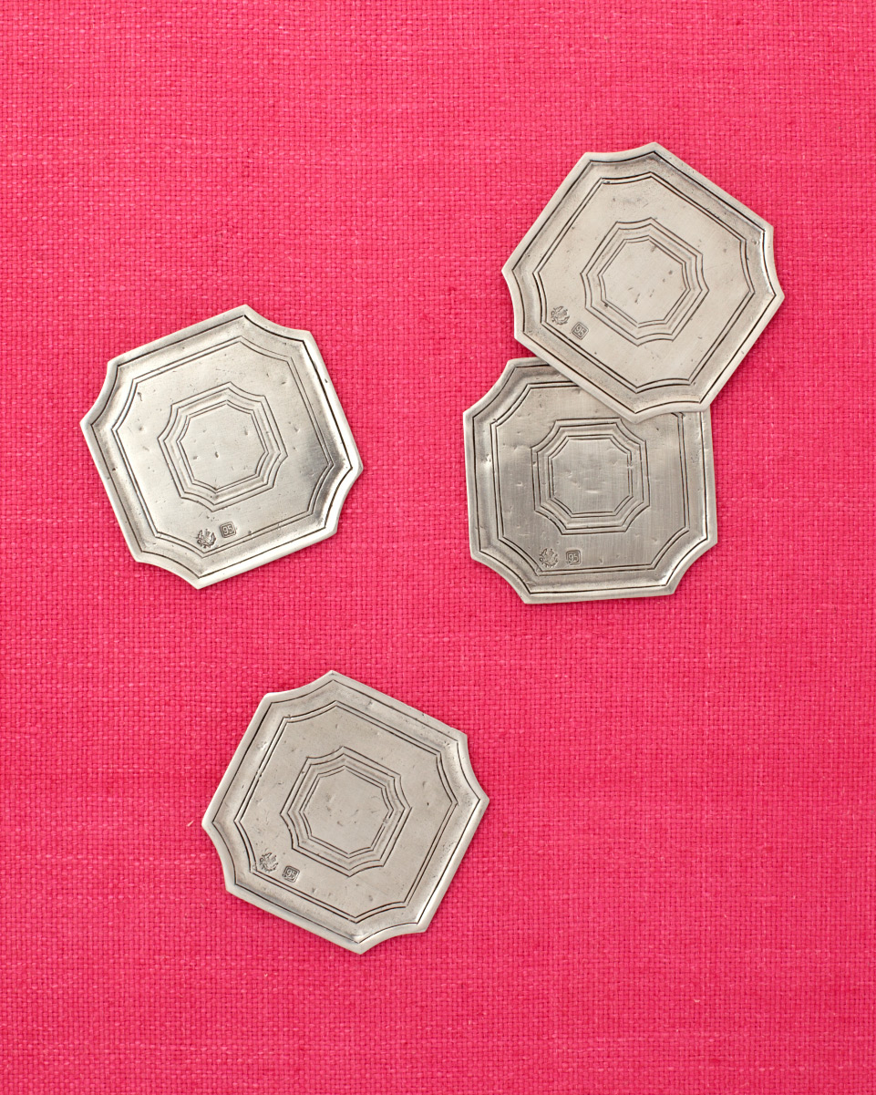 silver-plates-wd107851.jpg