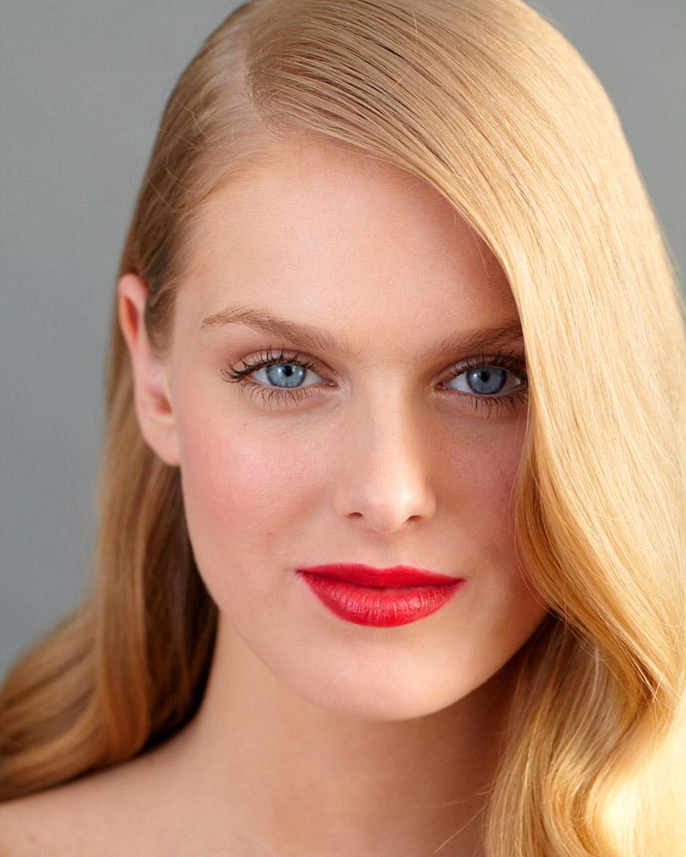 beauty-center-plump-lips-d108198.jpg