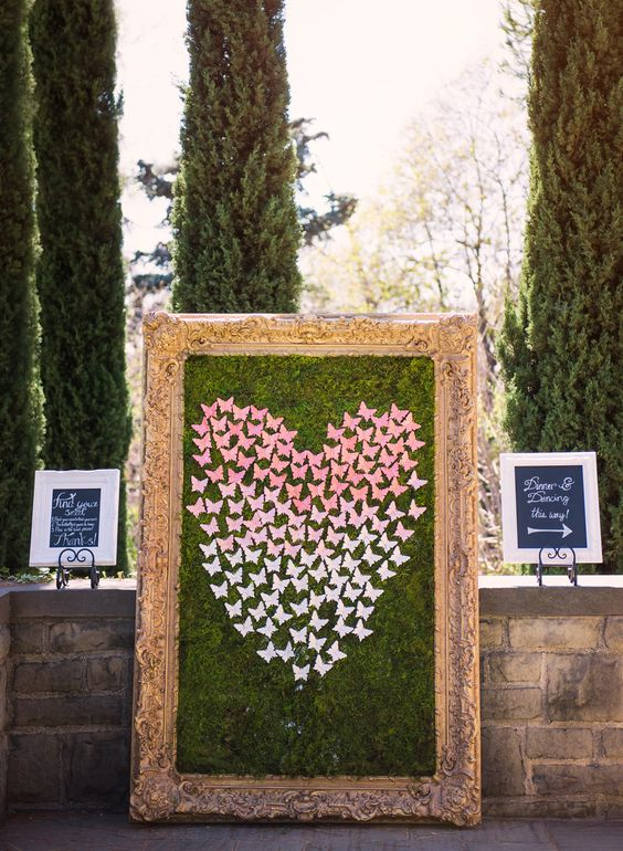 butterfly escort card display