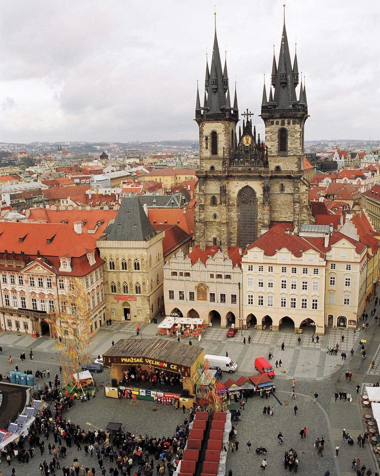 czech-prague-castle-mwds108339.jpg