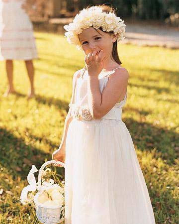a100160_win04_nj_flowergirl.jpg
