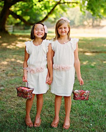 rw_1110_alivia_scott_flowergirls.jpg