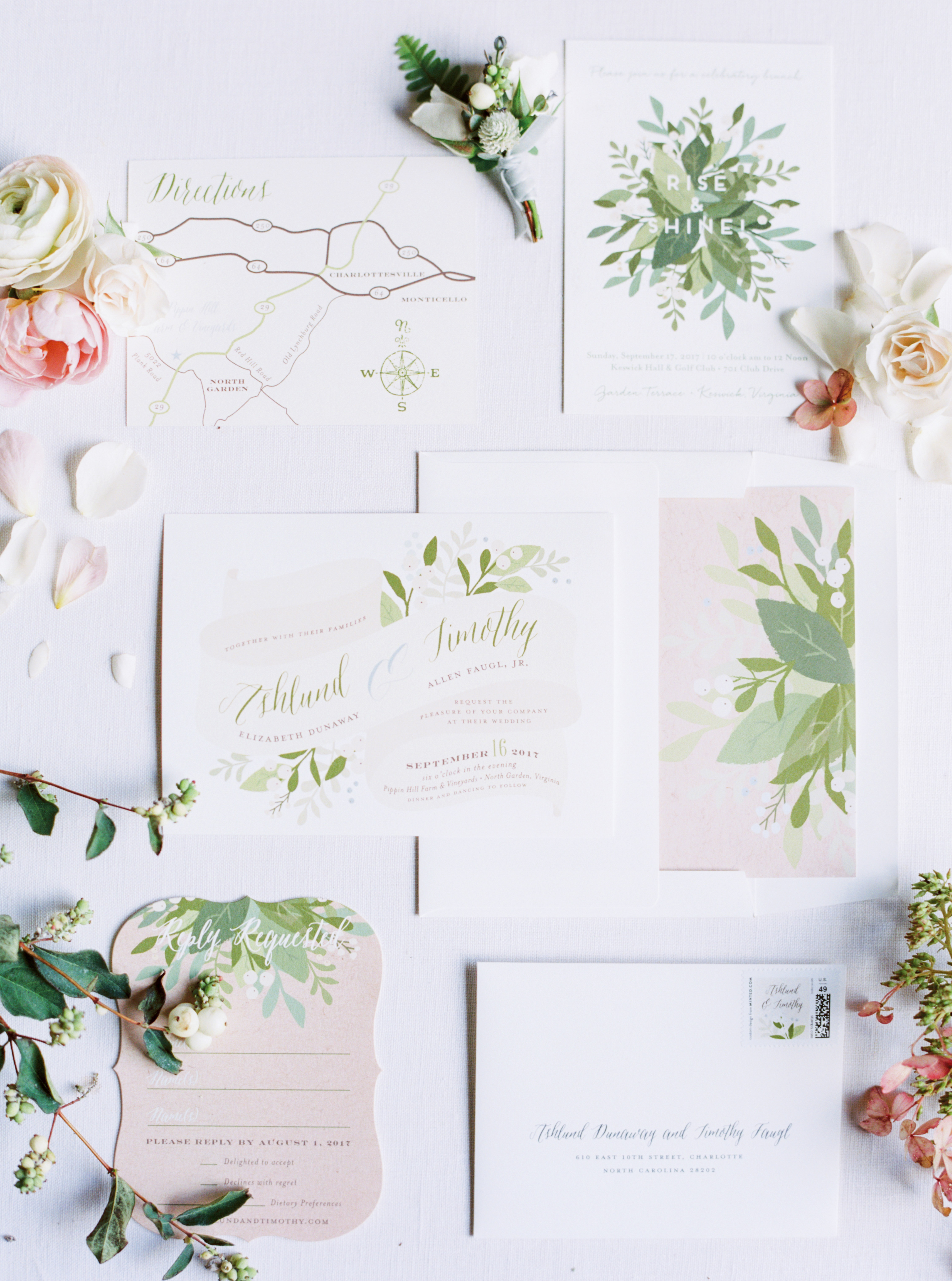 floral stationery with mistletoe