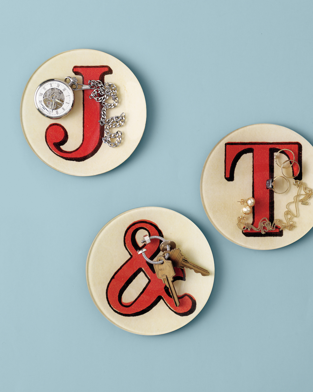 red-letter-plates-mwd108401.jpg