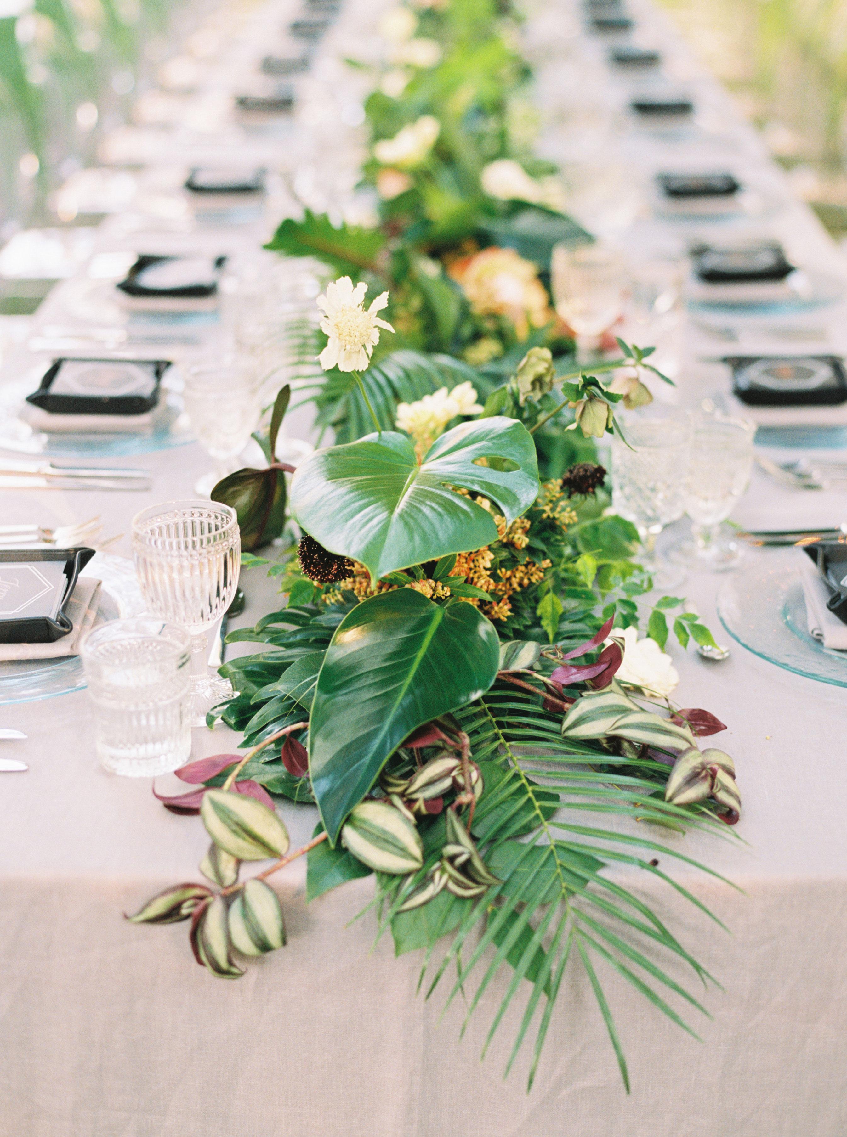 summer wedding flowers sarah kate garland