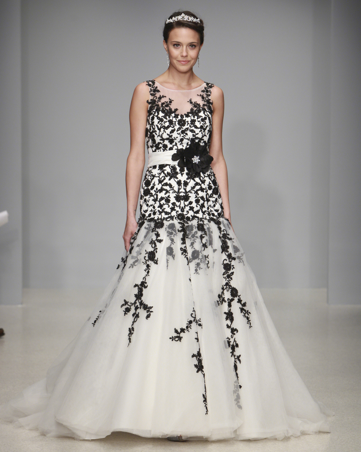 alfred-angelo-spring2013-wd108745-012.jpg