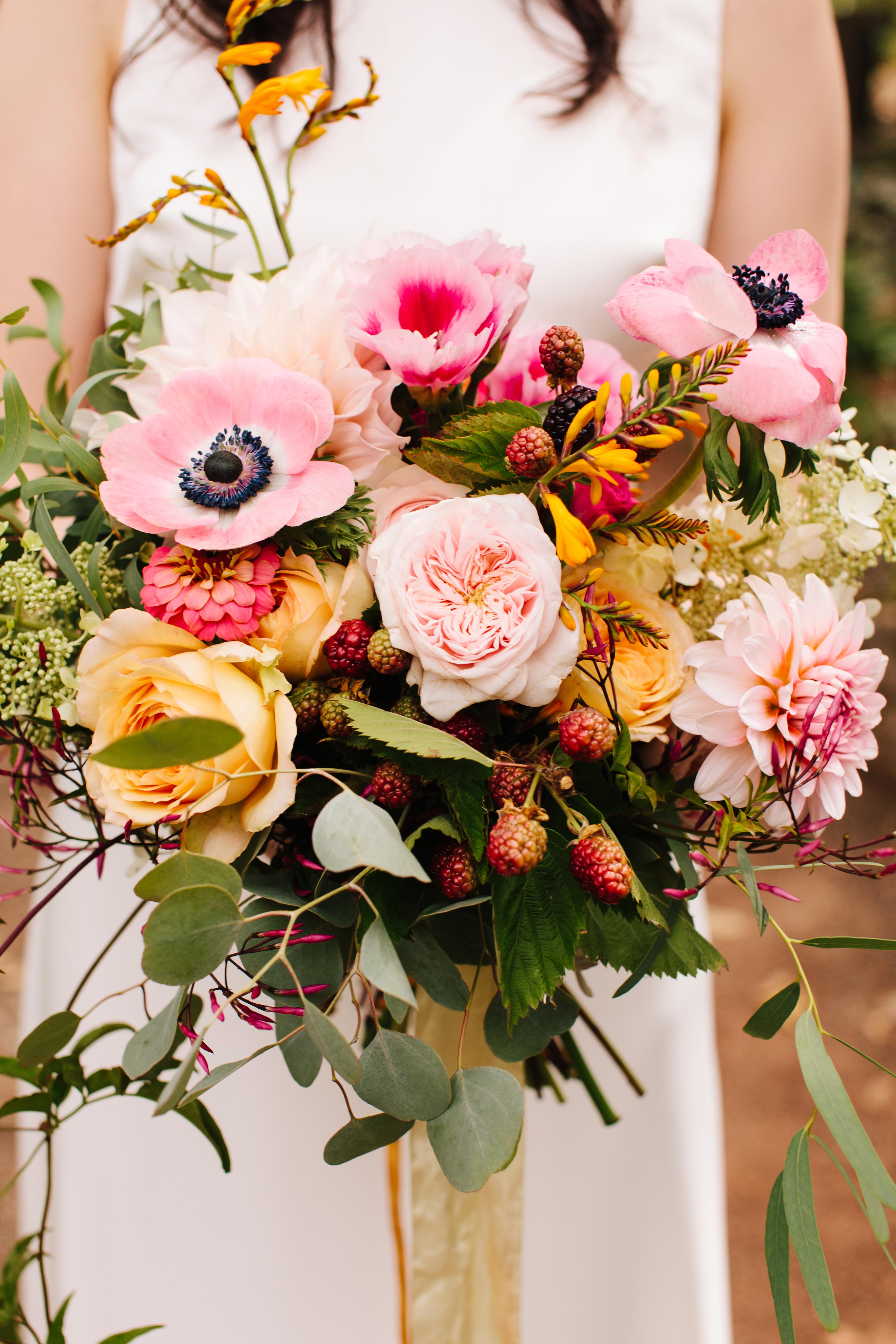 berry wedding ideas simone anne blackberry bouquet