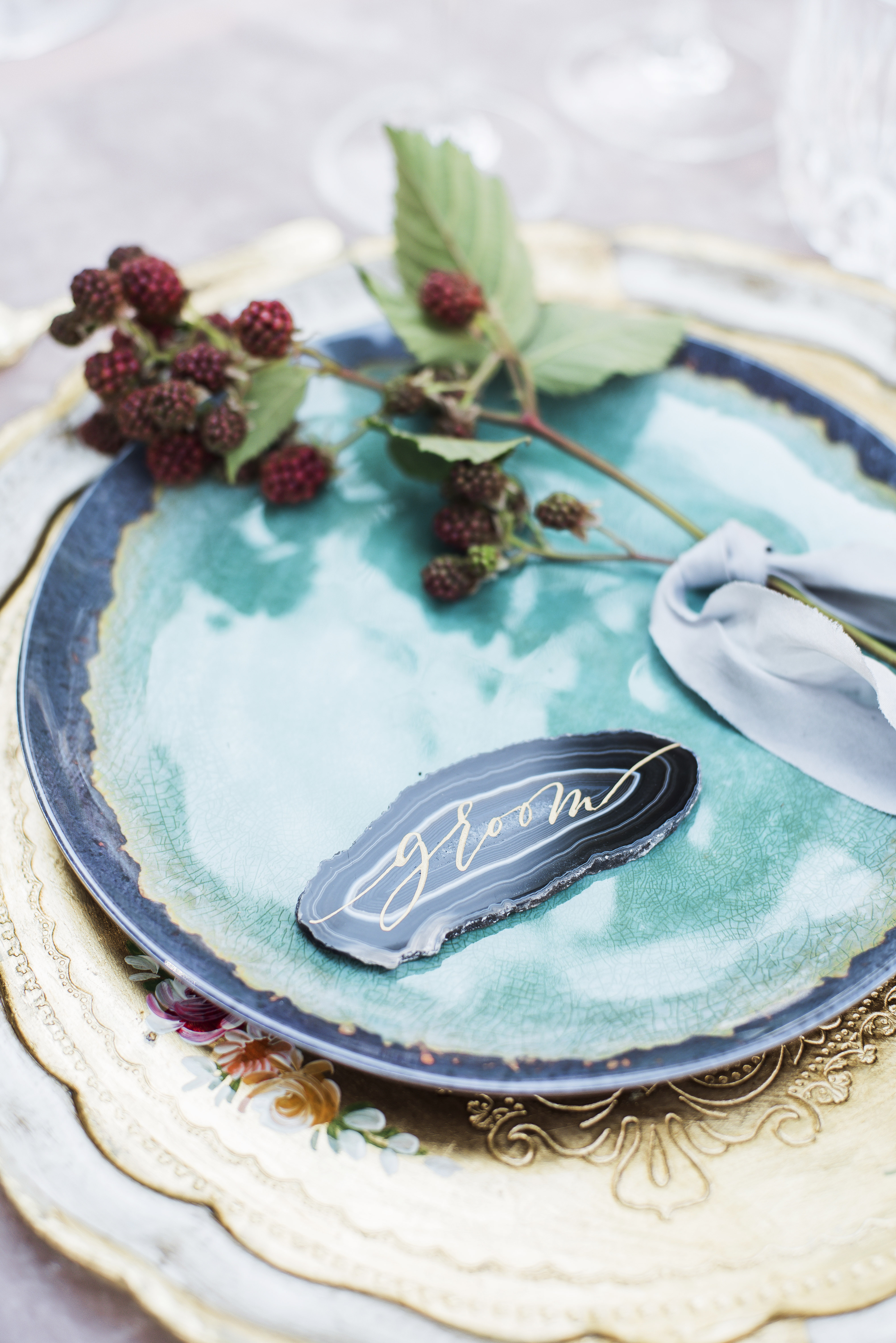 berry wedding ideas raspberry place setting