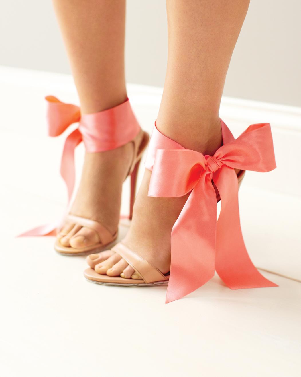 good-things-ankle-bow-mwd108461.jpg
