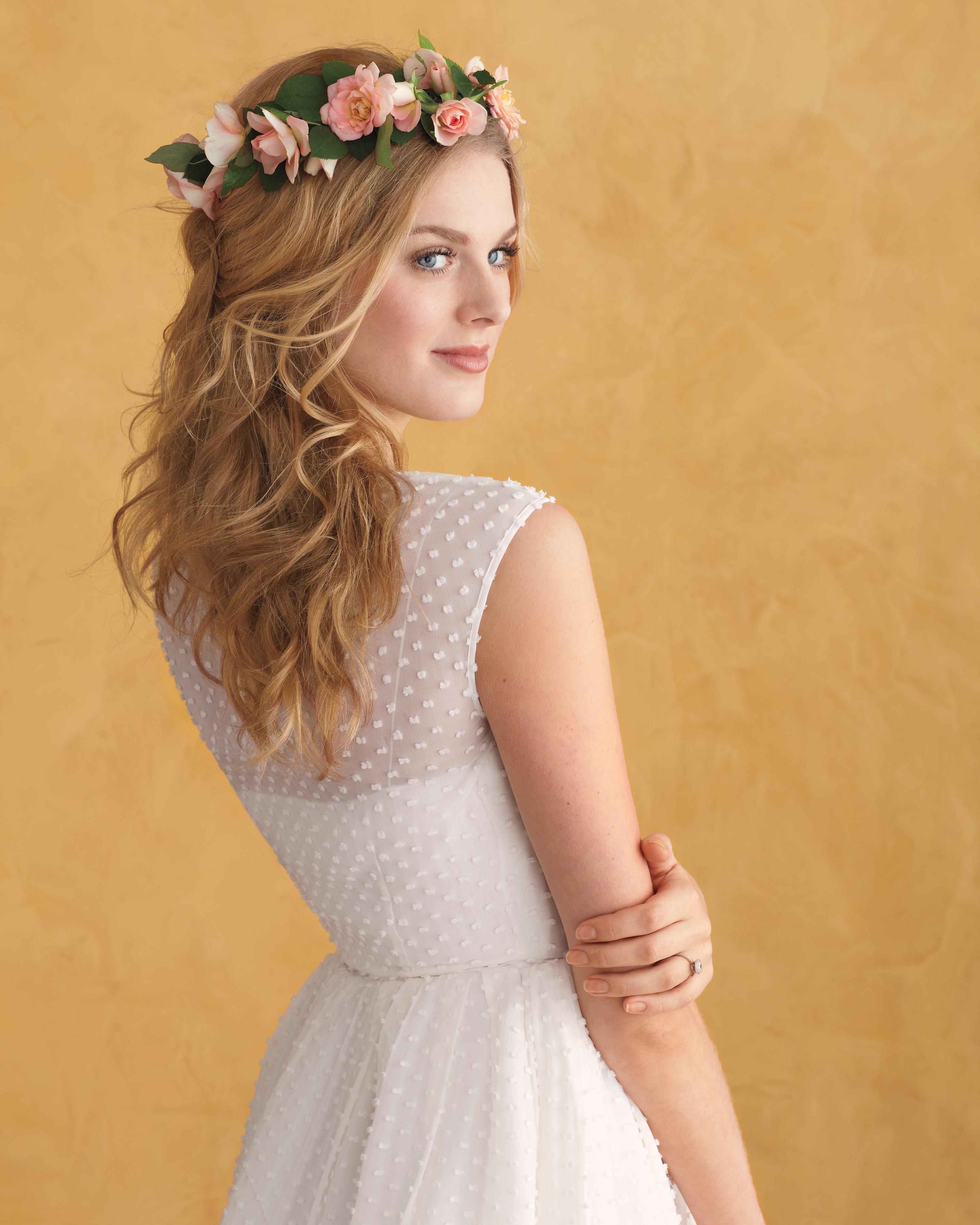 hair-flowers-model-opener-091-mwd109799.jpg