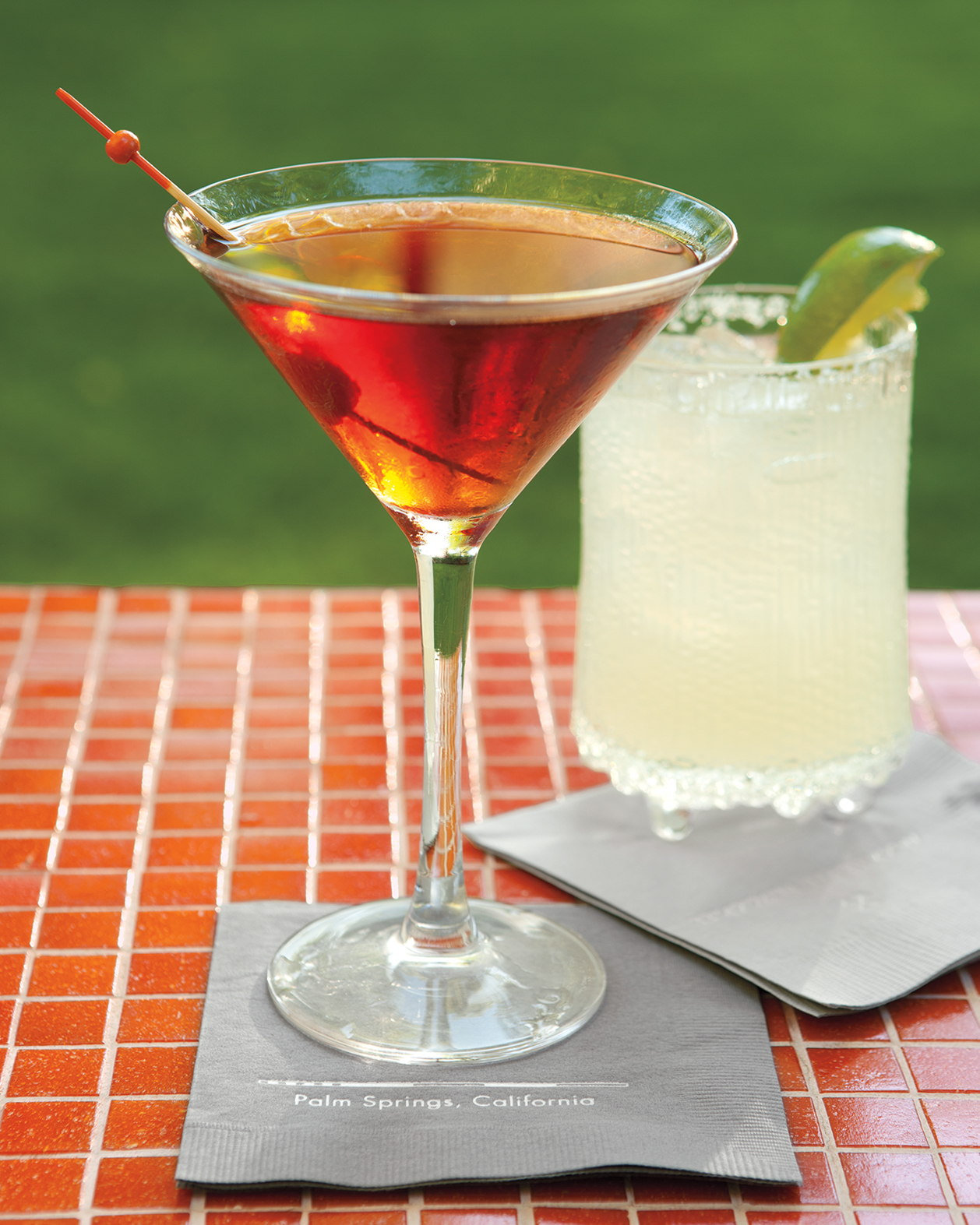 gabe-amy-cocktails6-013-mwd108251.jpg