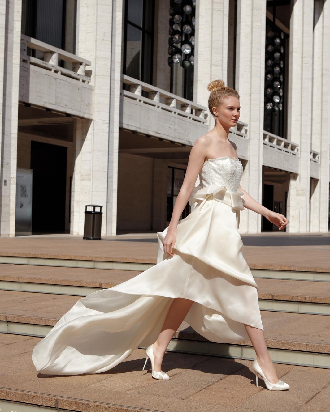 fashion-ccov-0621-md108970.jpg