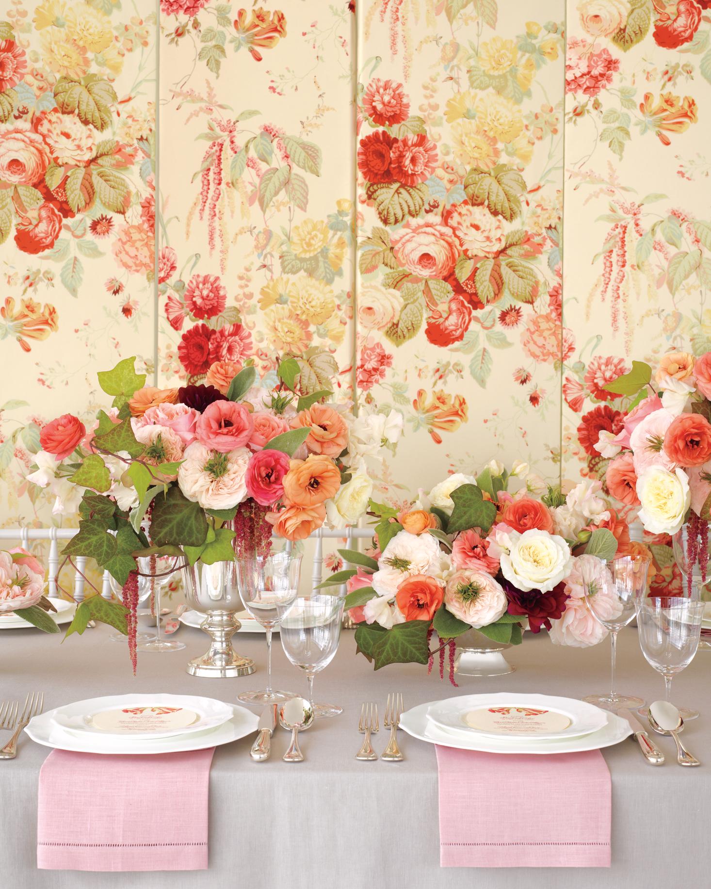 fabric-flowers-chintzc1-md108763.jpg