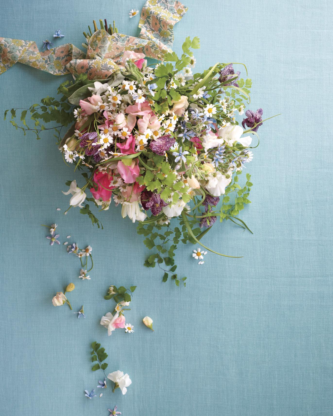 fabric-flowers-libertyb8-md108763.jpg