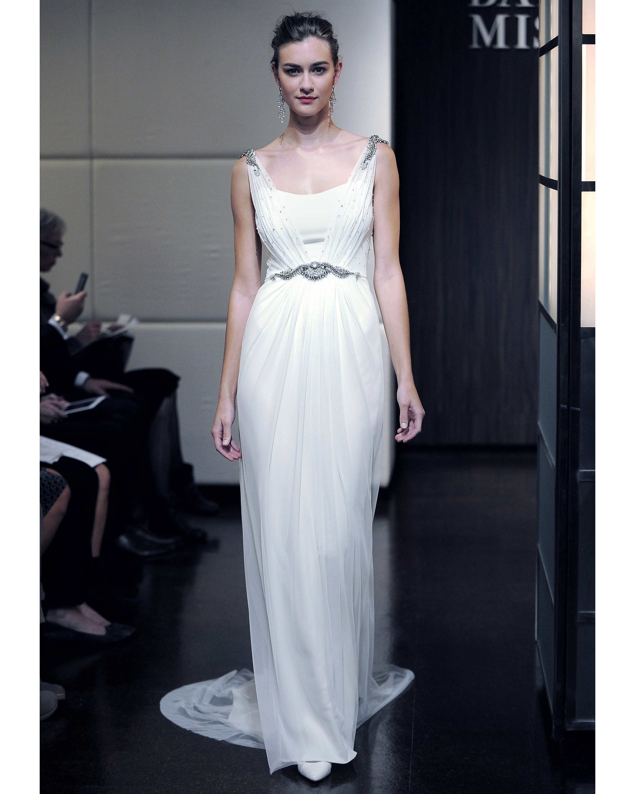 badgley-mischka-fall2013-wd109515-006.jpg