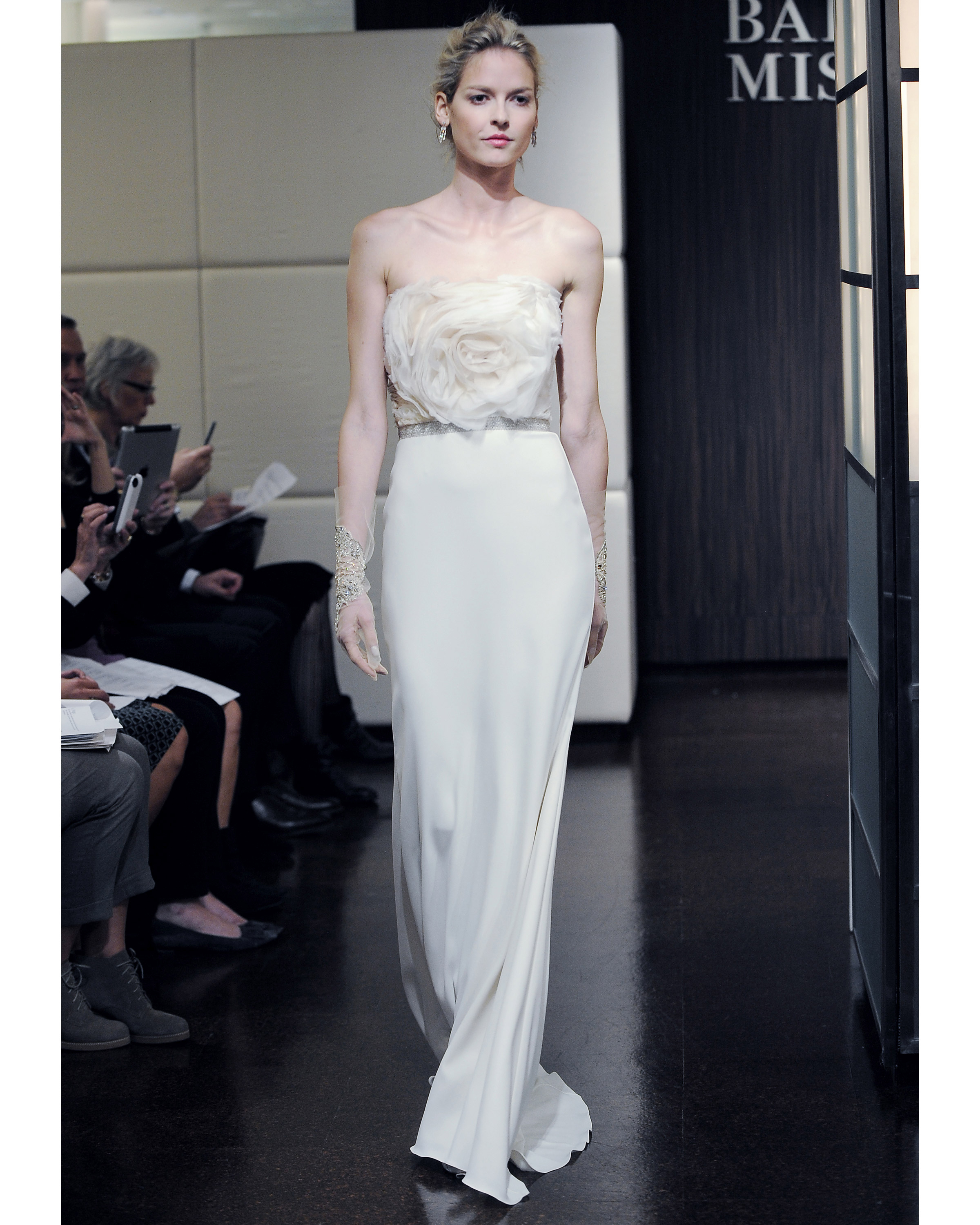badgley-mischka-fall2013-wd109515-010.jpg