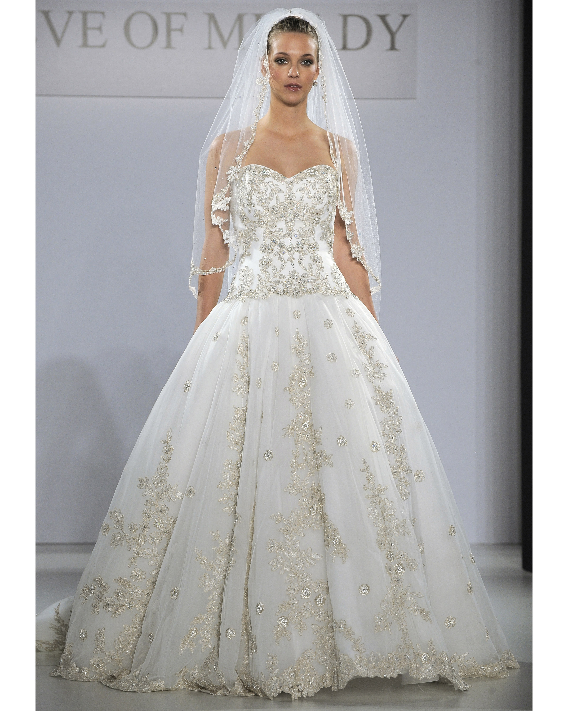 eve-of-milady-fall2013-wd109515-029.jpg