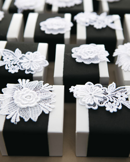 Black-and-White Wedding Favors