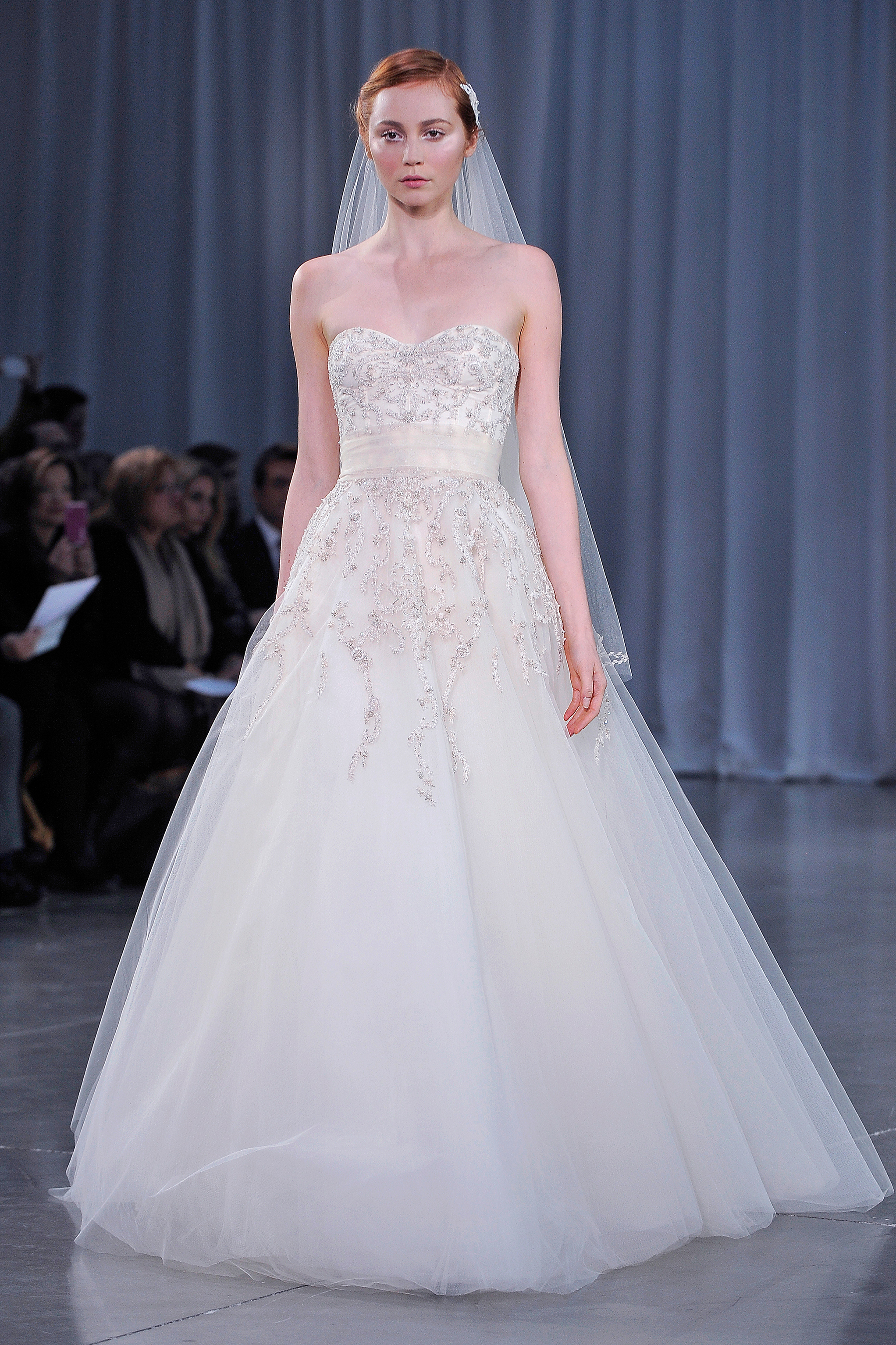 monique-lhuillier-fall13-wd108745-017-df.jpg