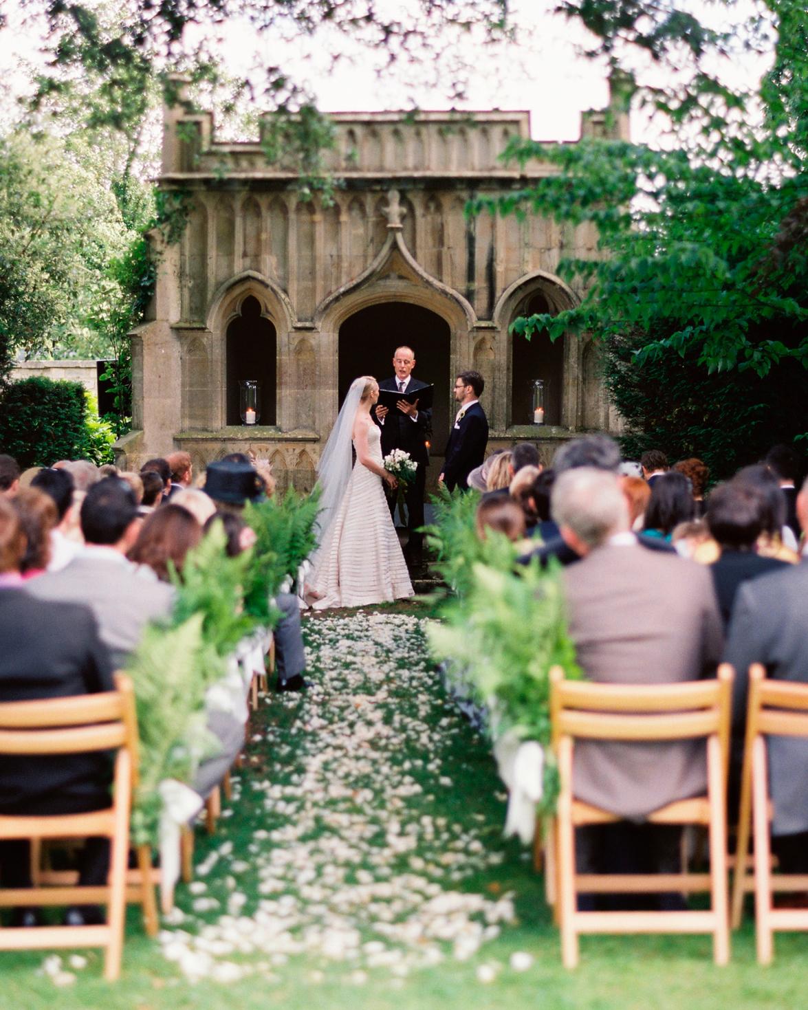 lara-oliver-ceremony-253.jpg