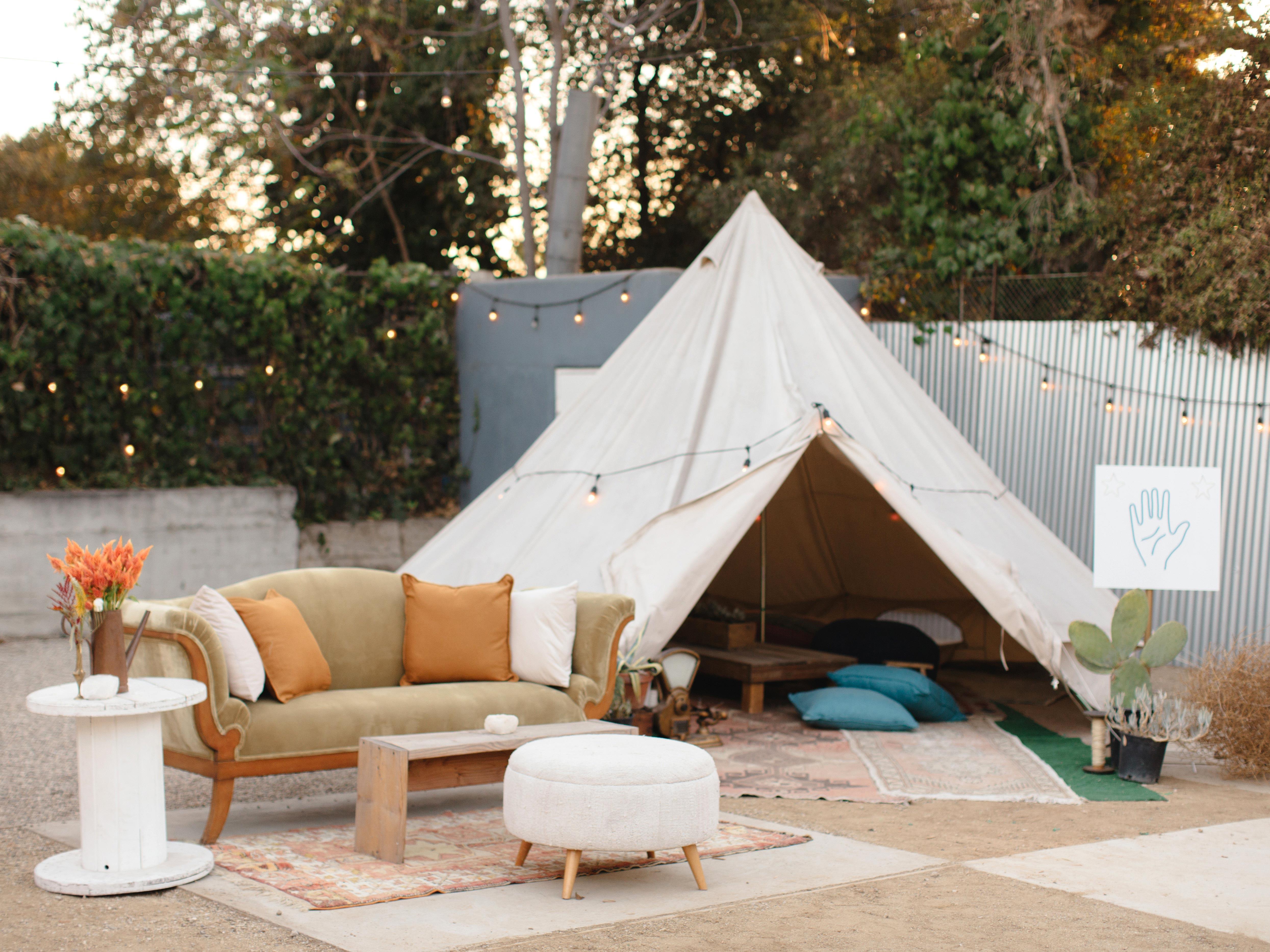 outdoor lounge tent lights