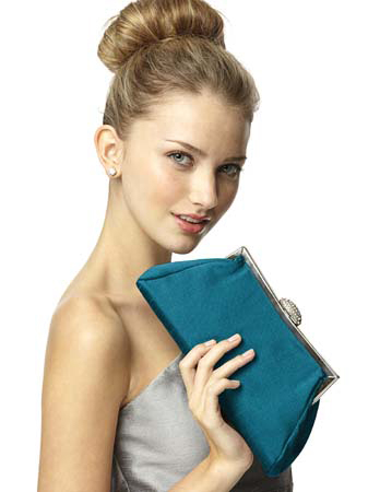 dessy-group-inspiration-clutches-totes-2.jpg