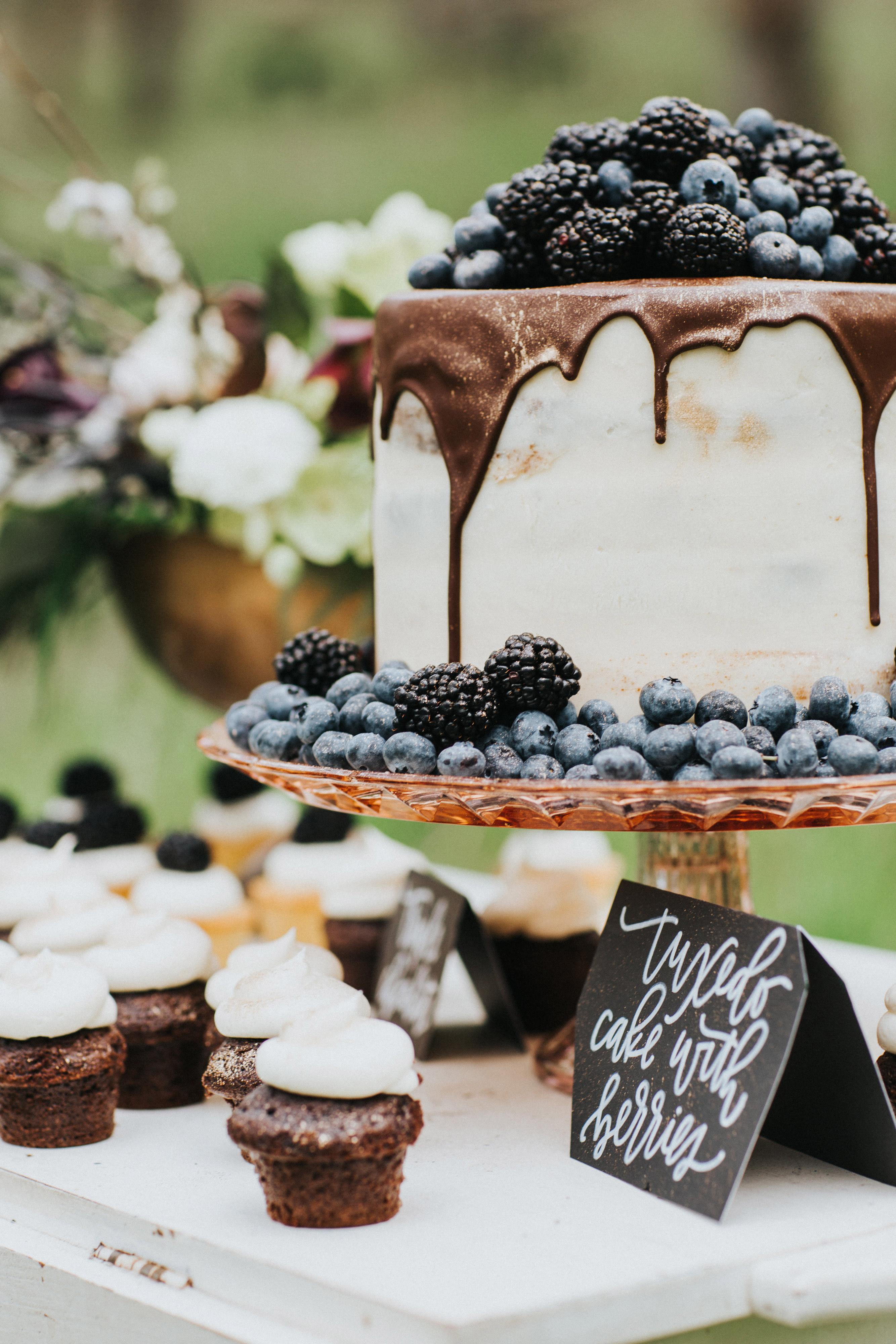 chocolate wedding ideas monique serra