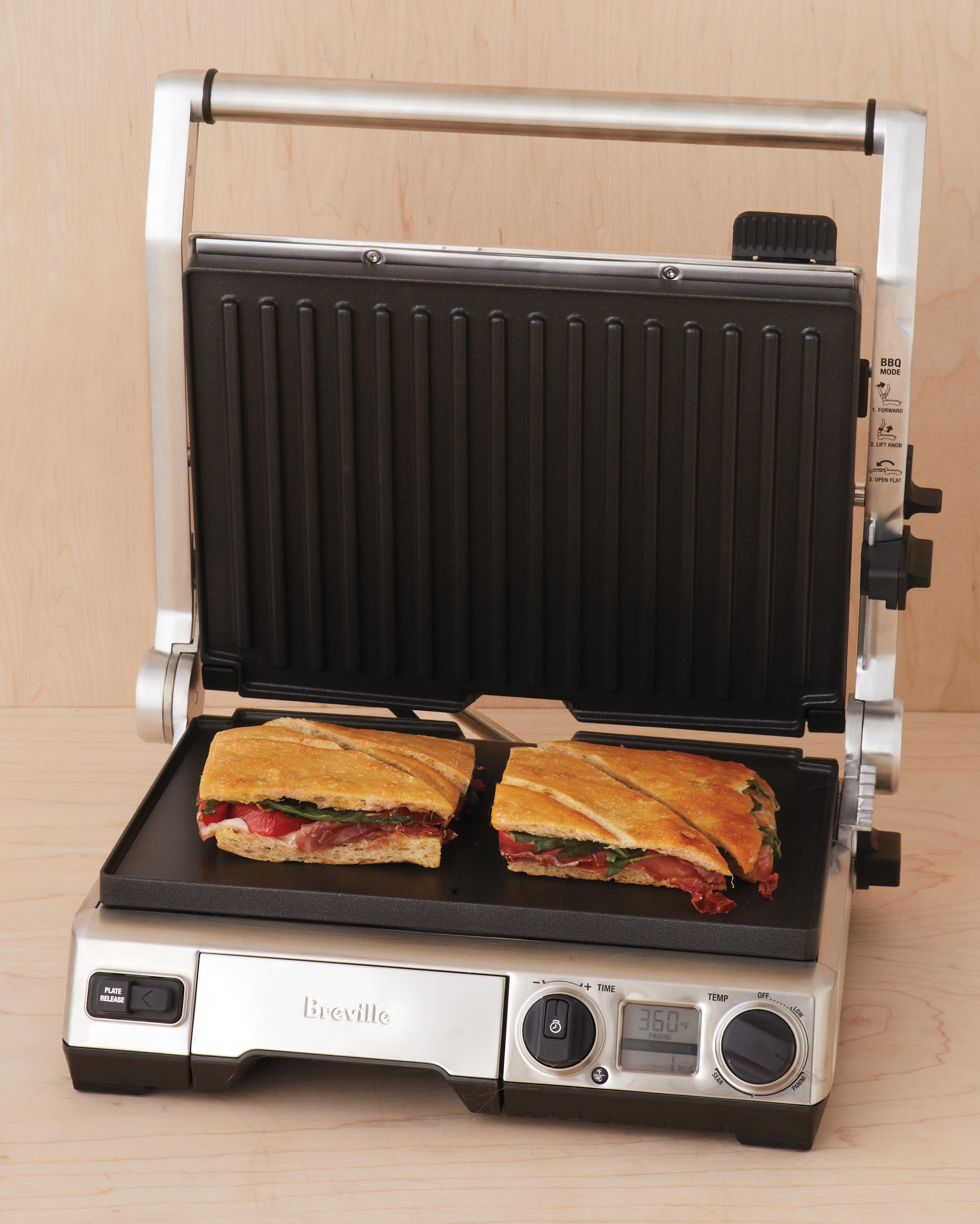 grill-012-mwd109796.jpg