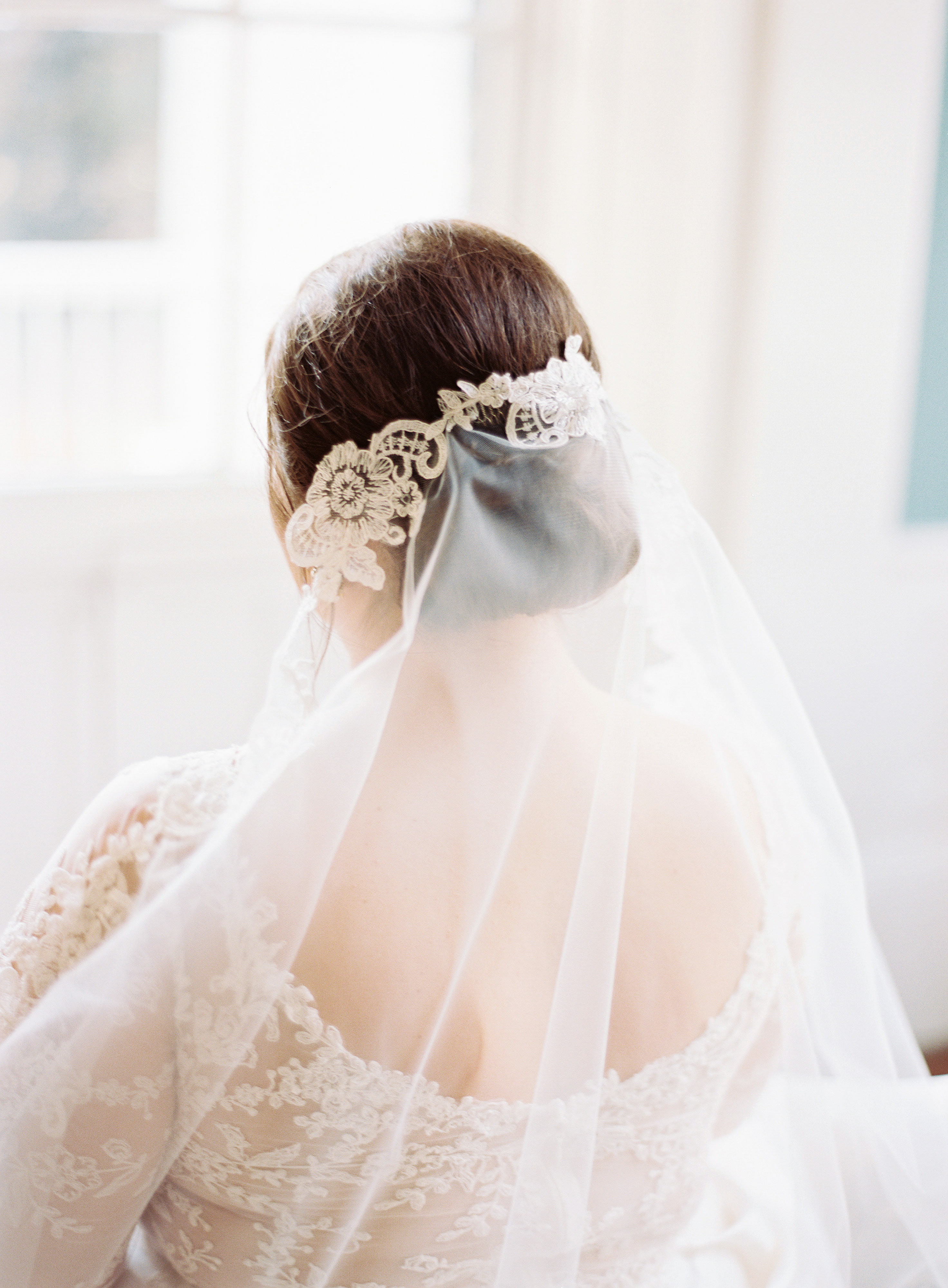 madeline brad wedding veil