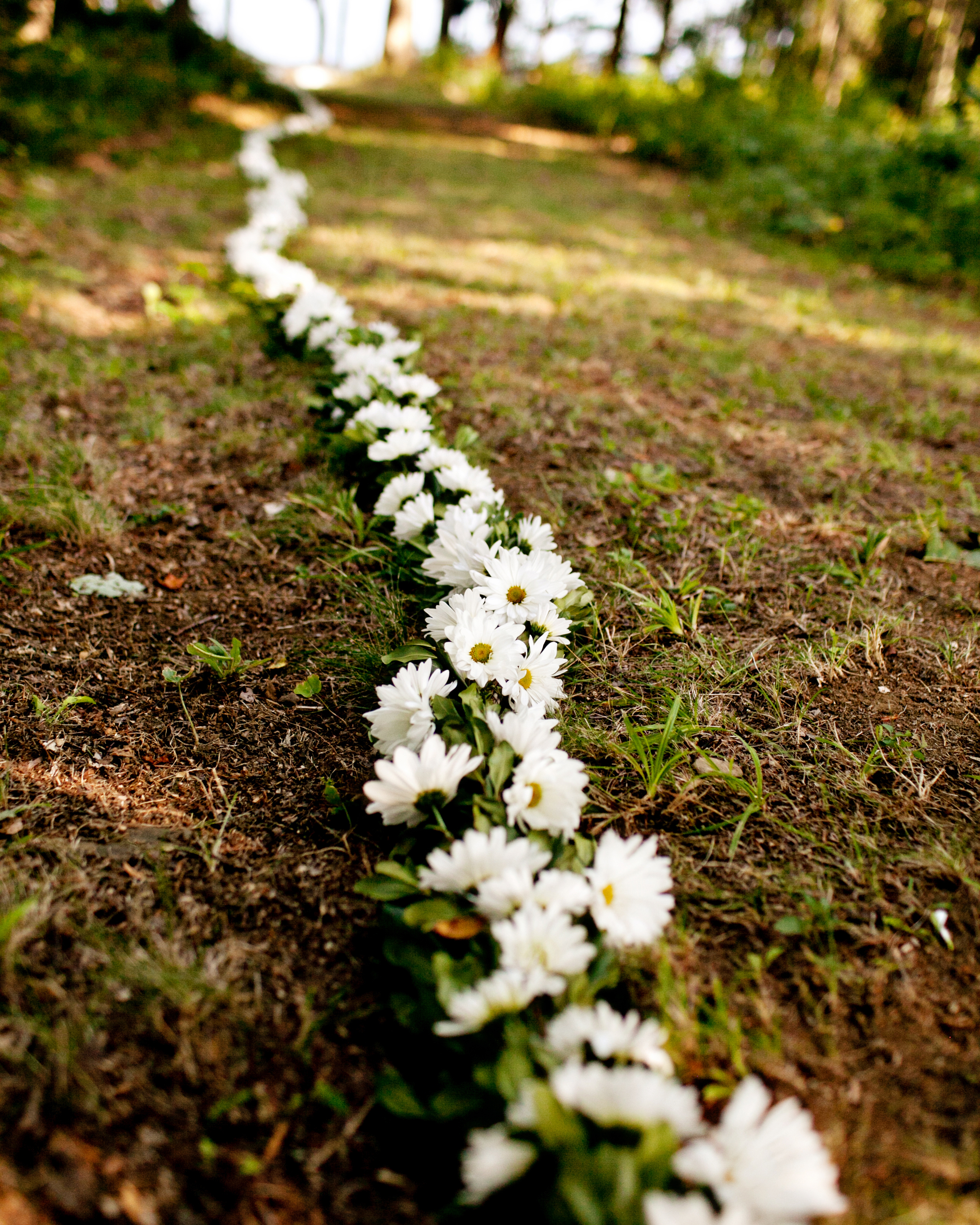 erica-chris-flowers-0418-wds110207.jpg