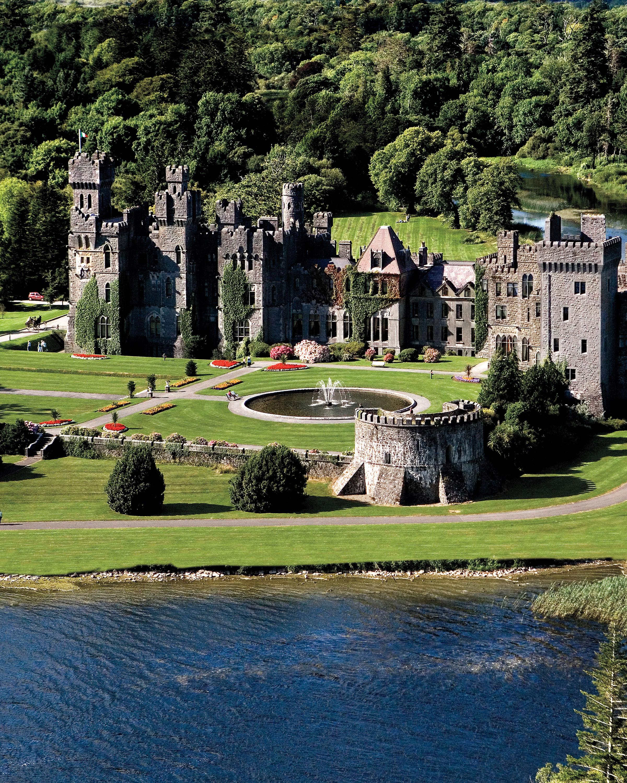 travel-castle-exterior005-mwds110763.jpg