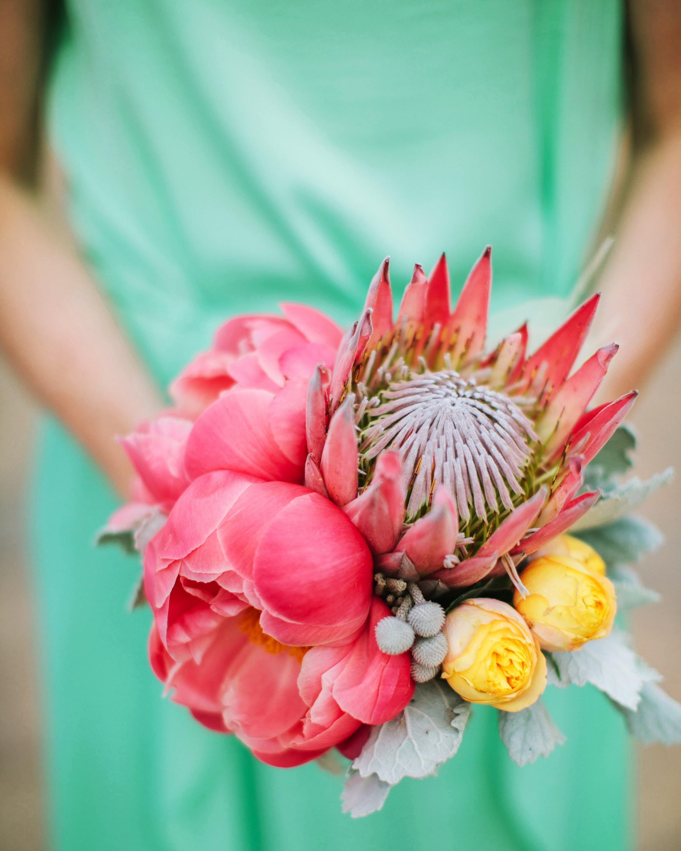 kari-charlie-wedding-bouquet2-0314.jpg