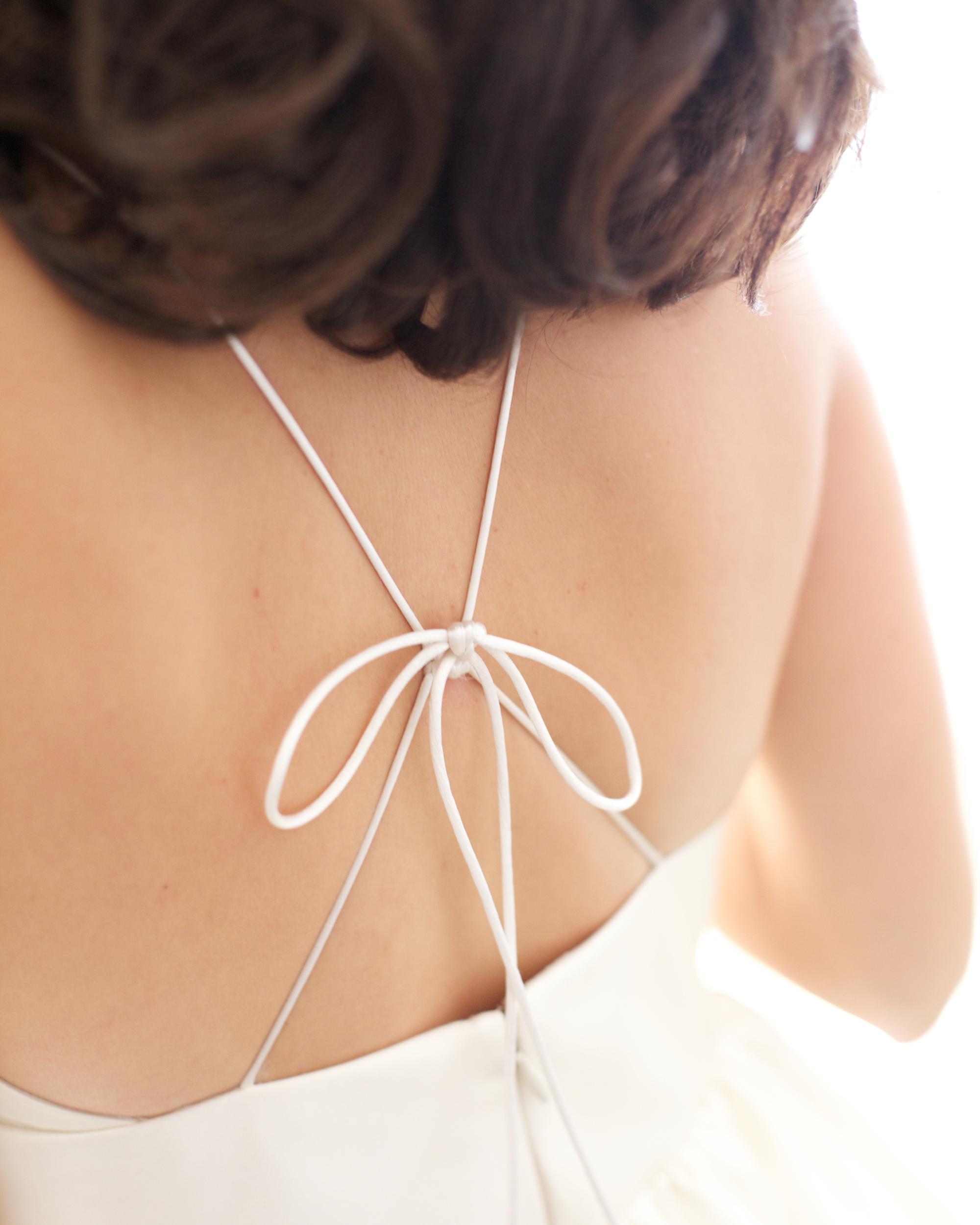 emily-brett-wedding-dress-0414.jpg