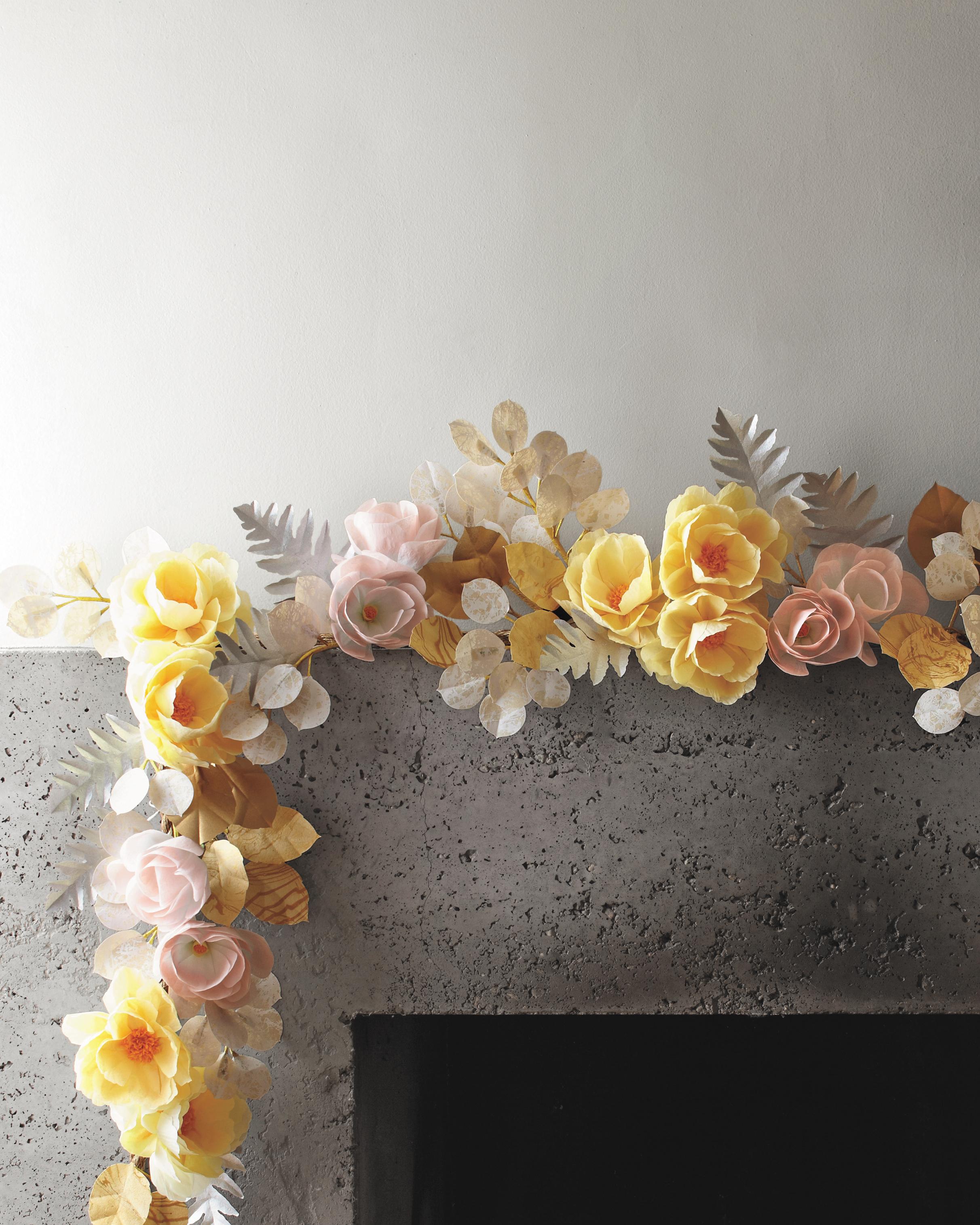 exquisite-book-of-paper-flowers-p155-mwds111071.jpg