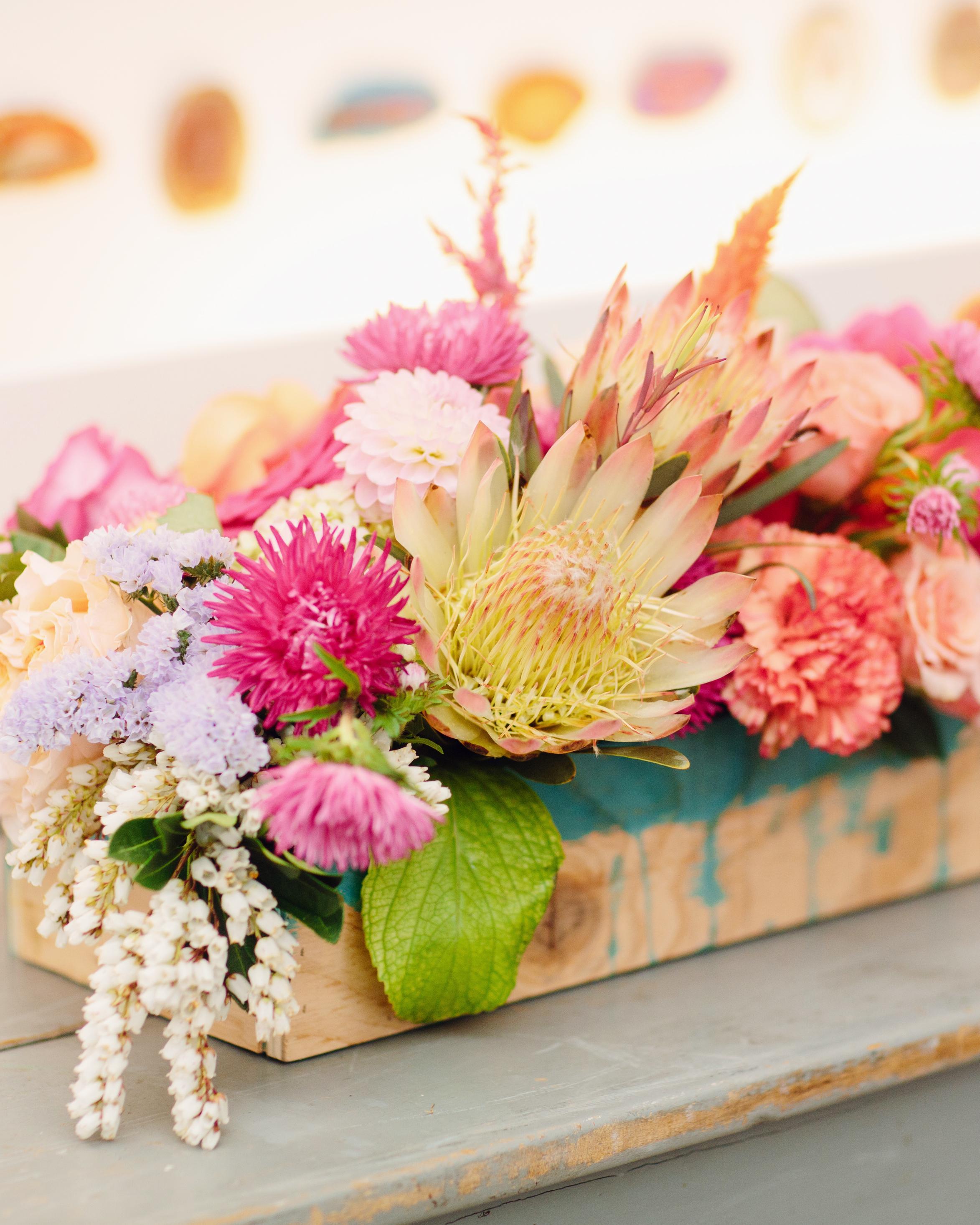 gina-craig-wedding-flowers1-0514.jpg