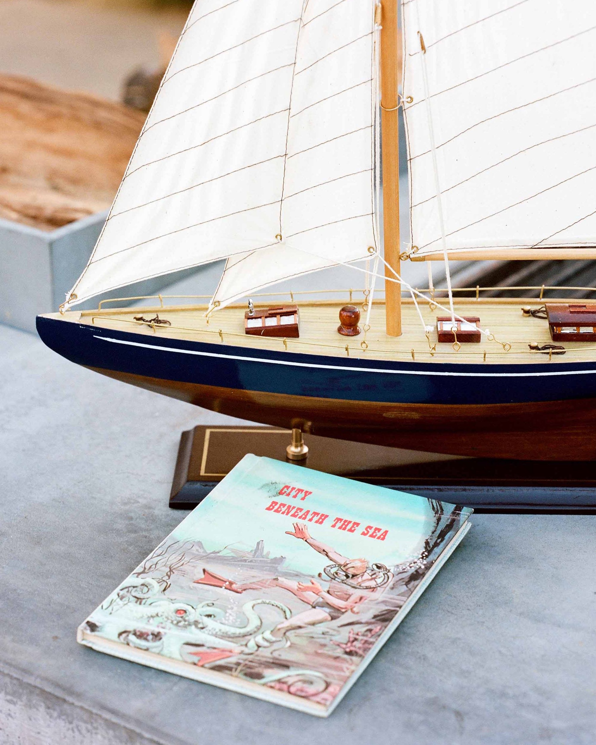danielle-stan-rehearsaldinner-boat-0614.jpg