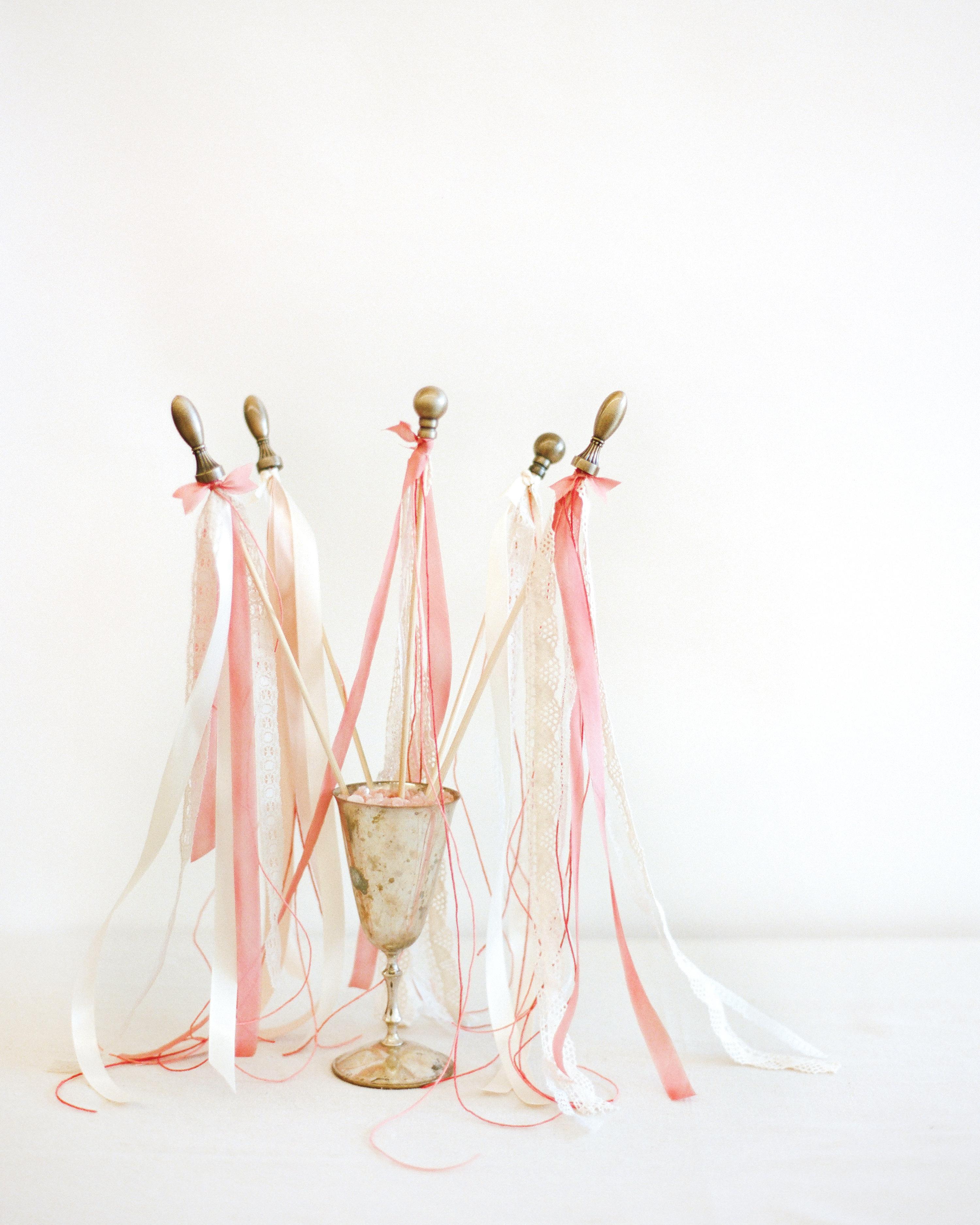 ribbon-wand-elizabeth-messina-004-mwds110806.jpg