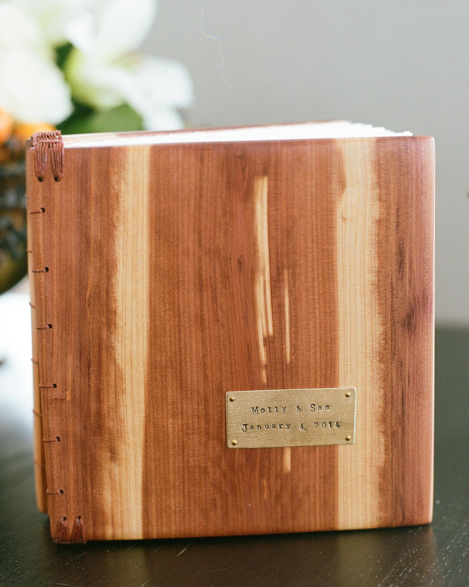 molly-sam-wedding-guestbook-0614.jpg