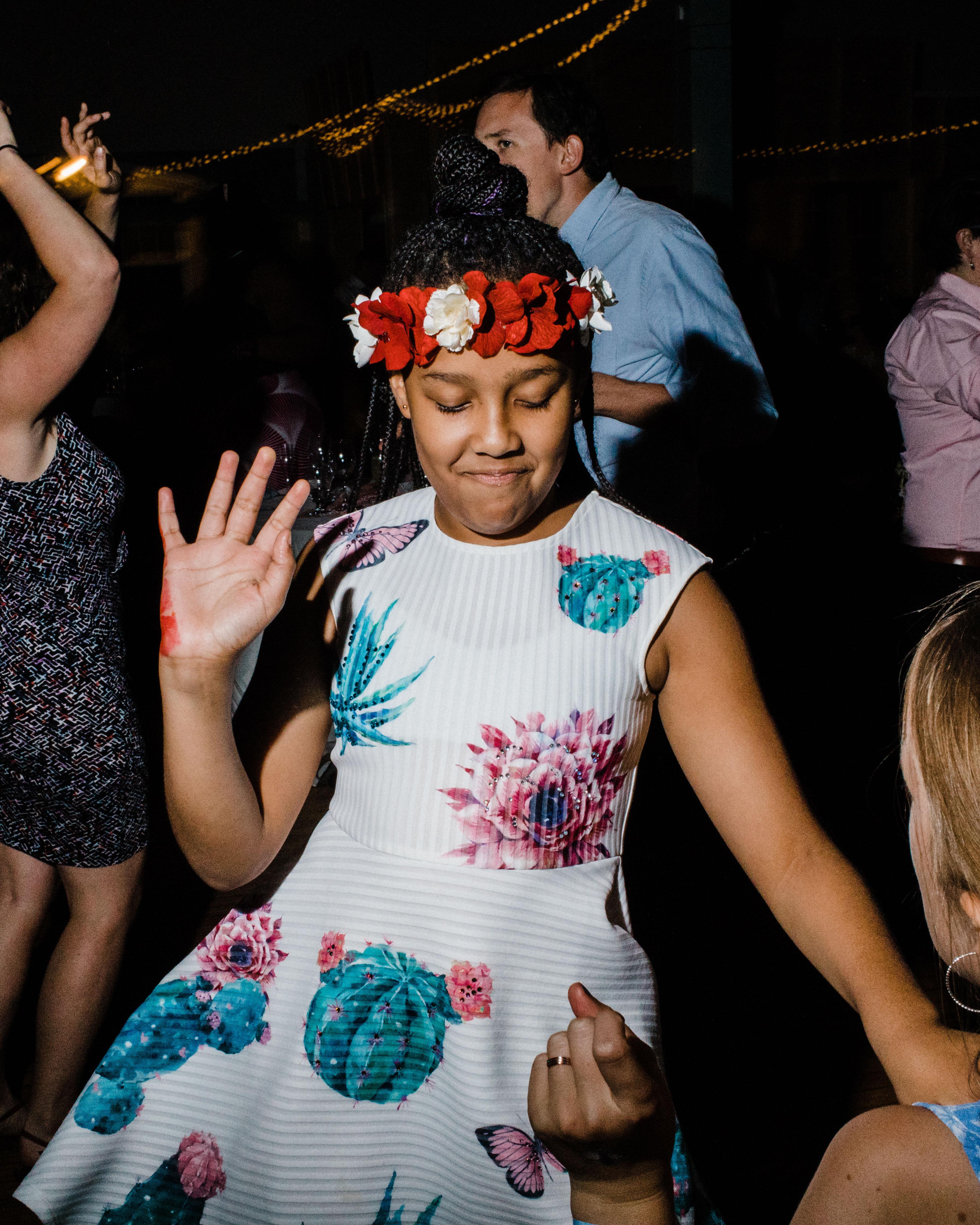 summer wedding guests girl dress