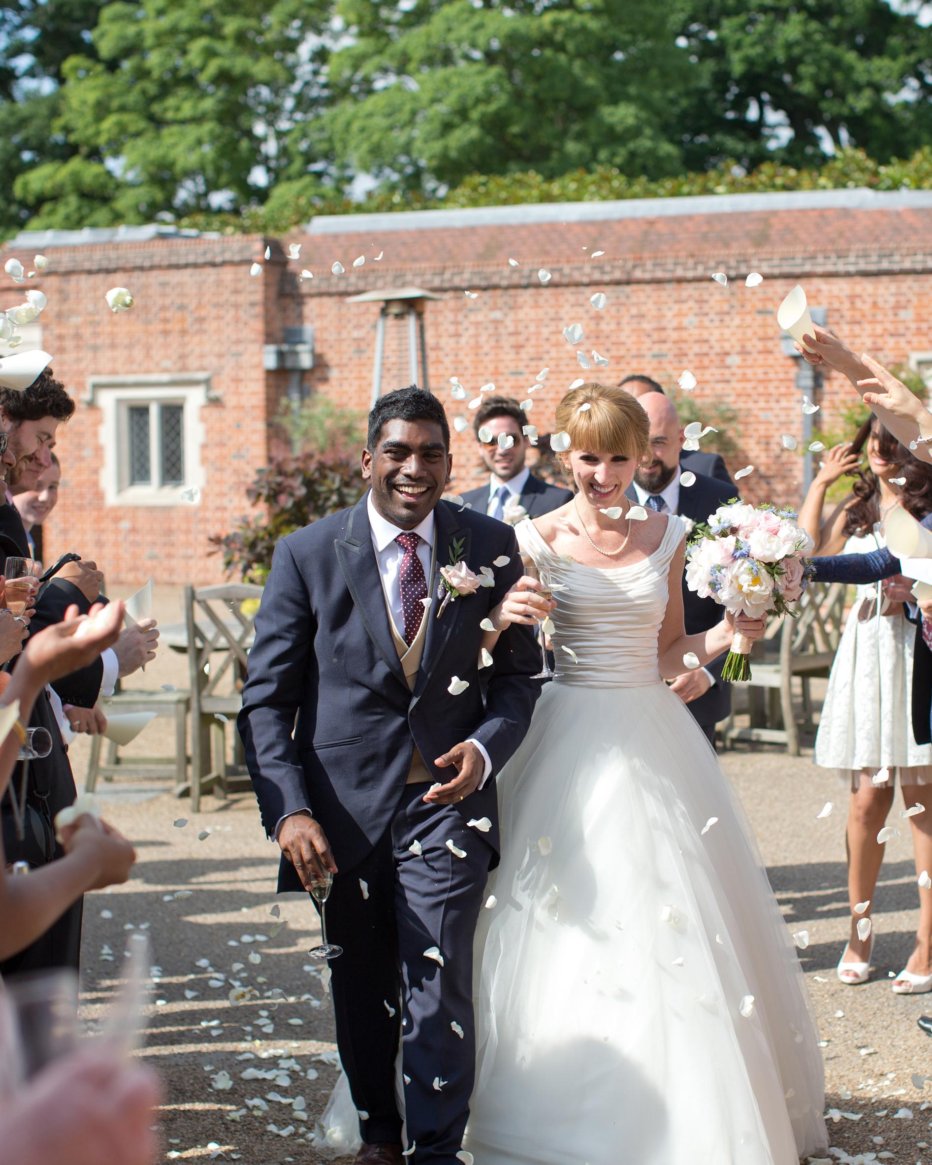 hayley-andrew-wedding-toss-0714.jpg