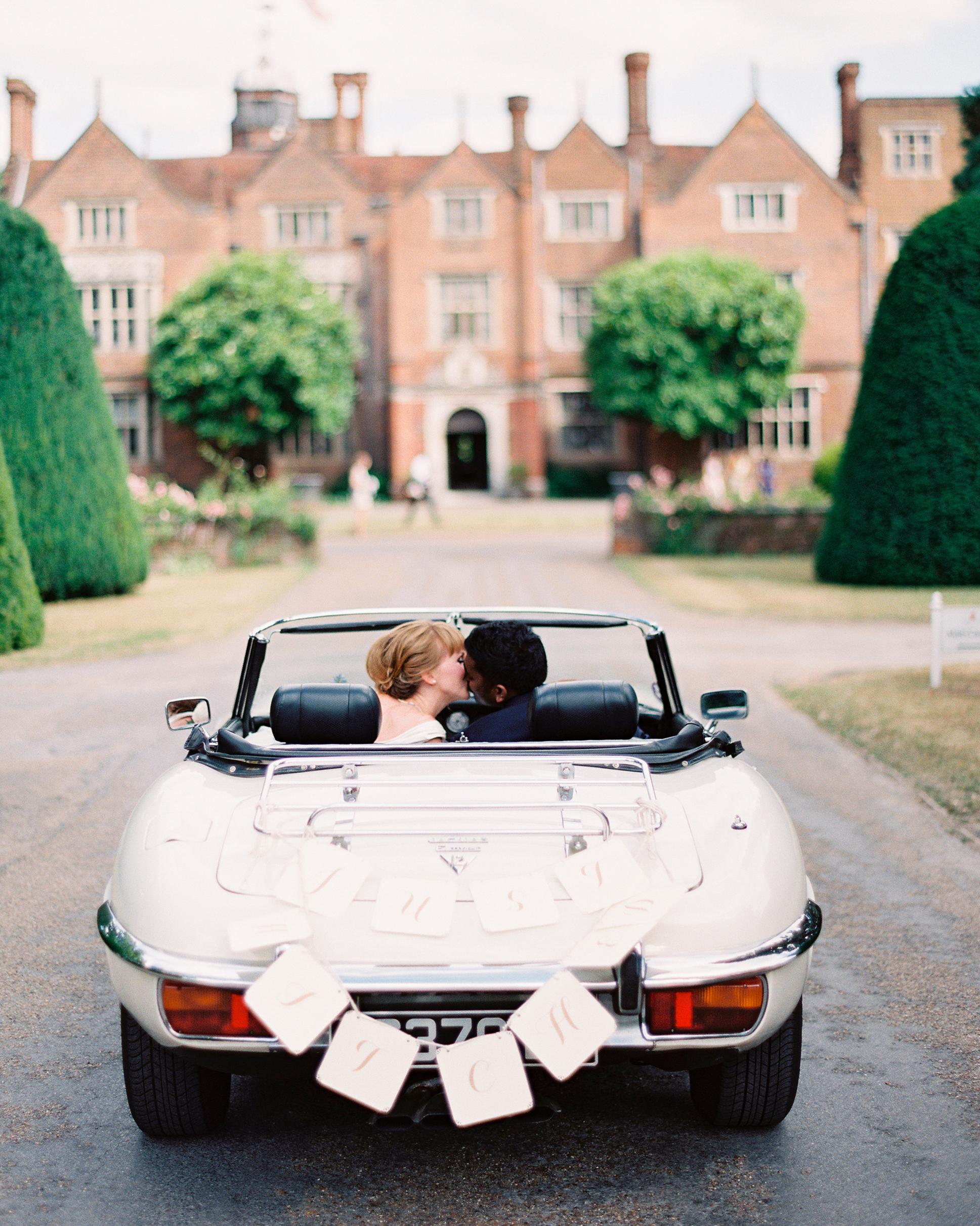 hayley-andrew-wedding-getaway-0714.jpg