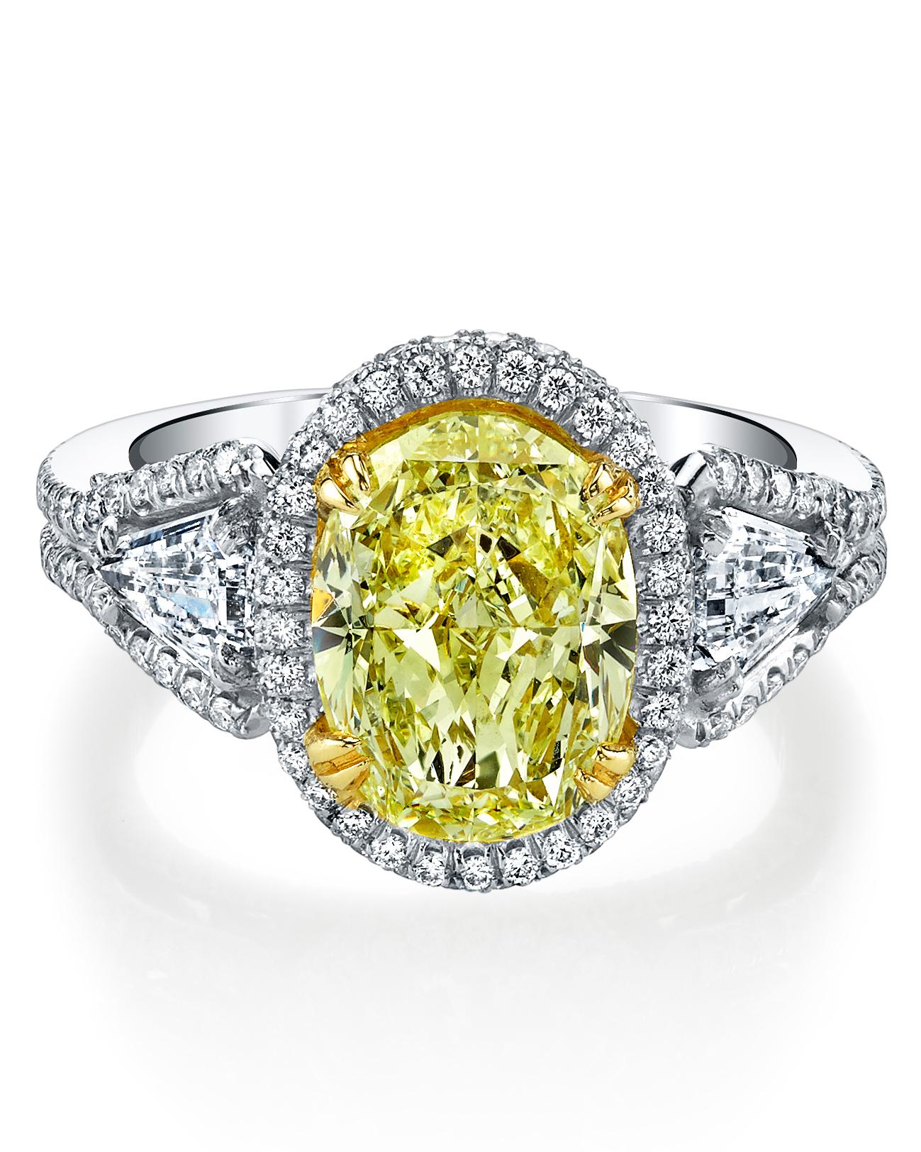 oval-cut-engagement-ring-harry-kotlar-0714.jpg