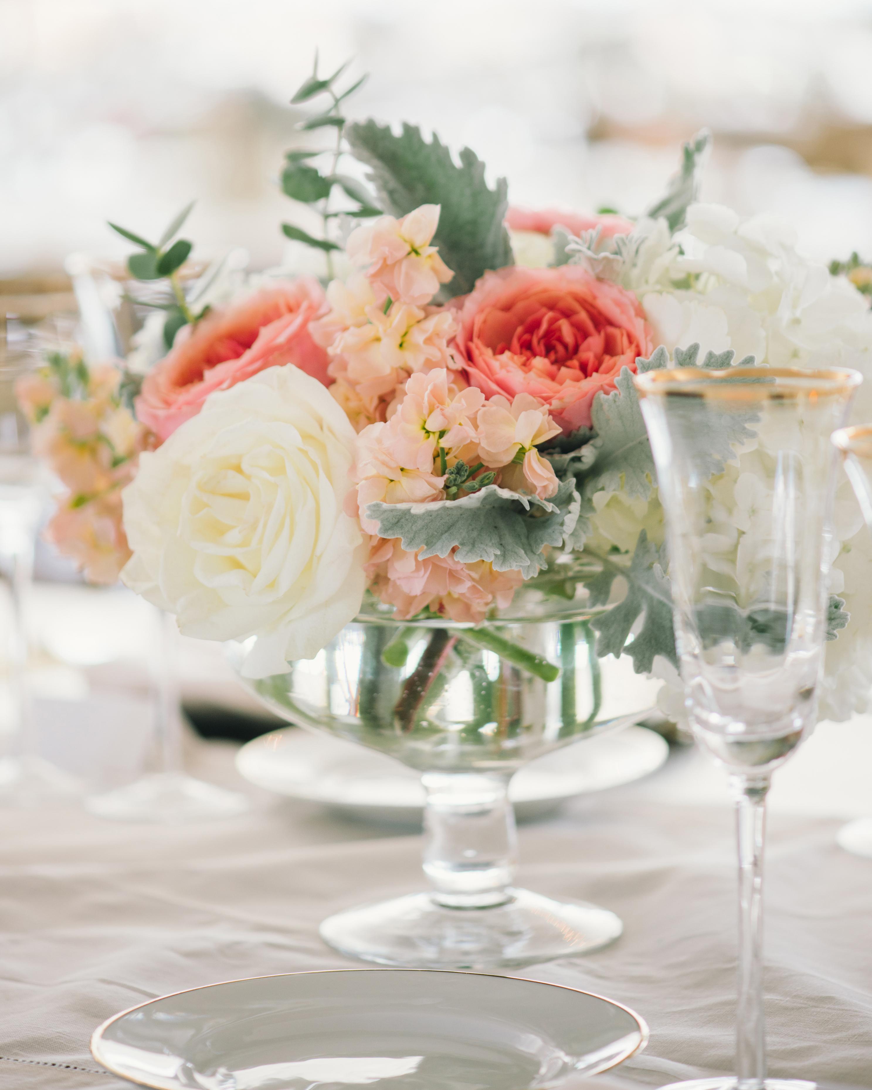 alex-brandon-wedding-centerpiece-062-s111338-0714.jpg