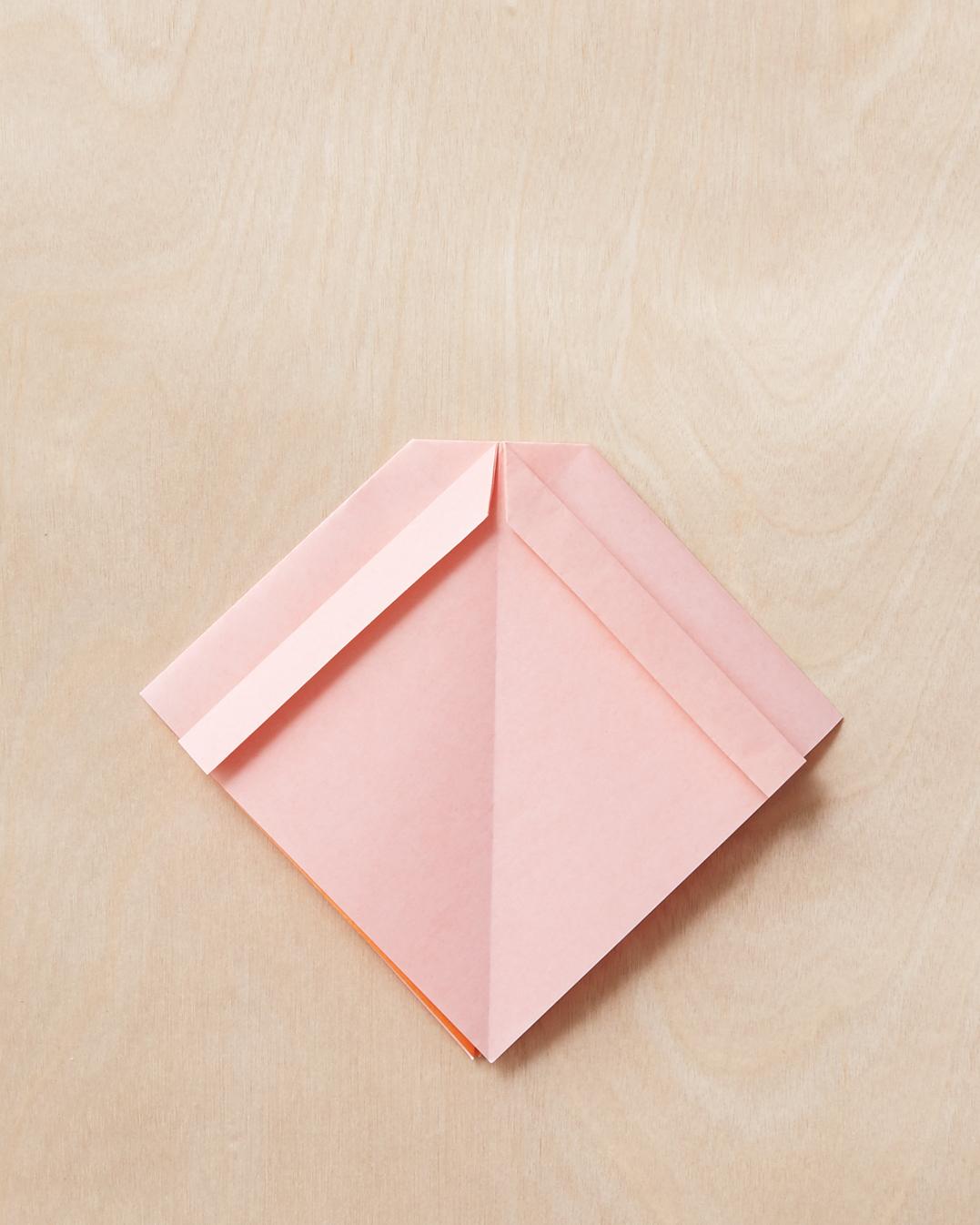 origami-bow-6-198-mwd110795.jpg