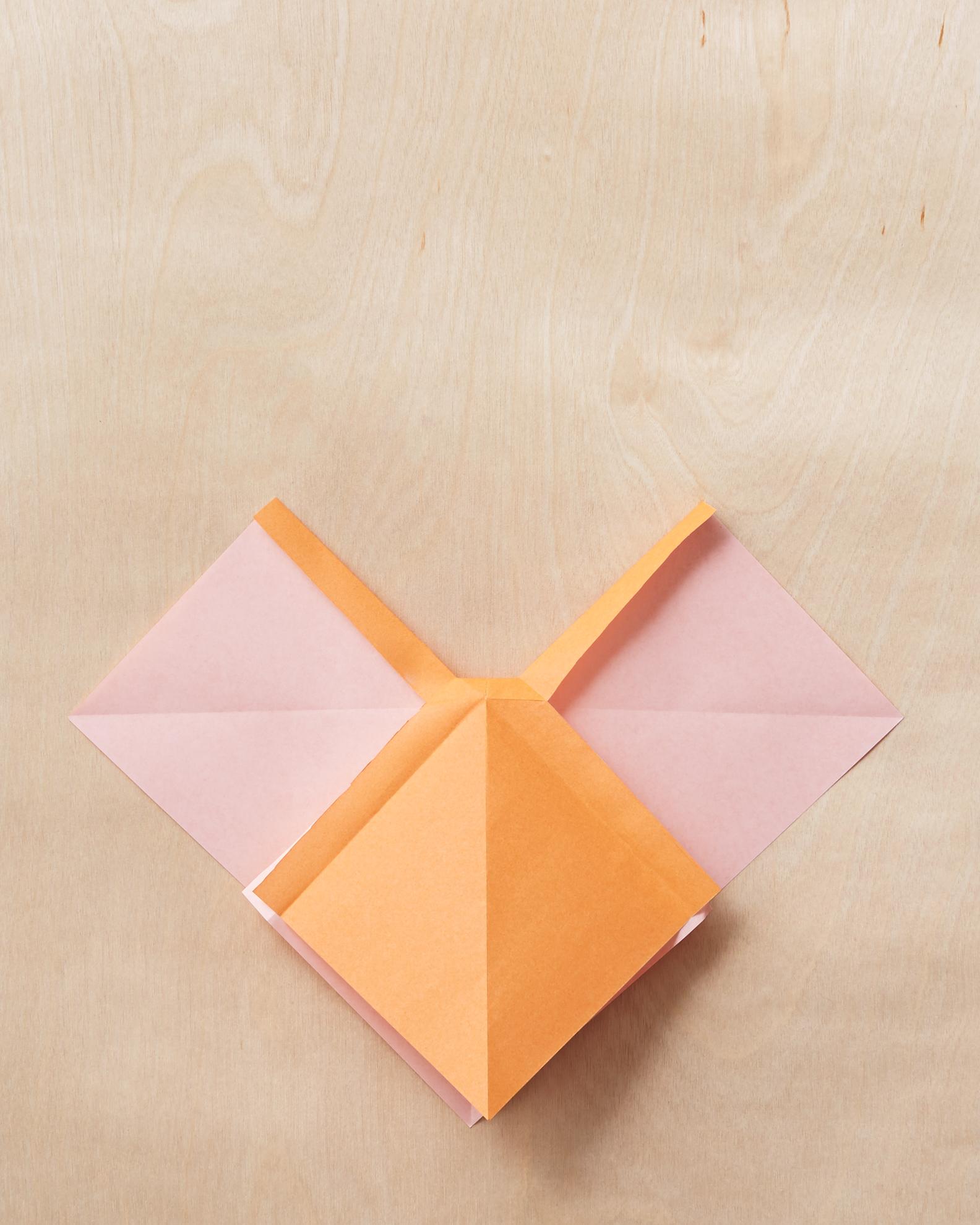 Origami Bow Tie Photo Tutorial - Paper Kawaii | 1979x1584