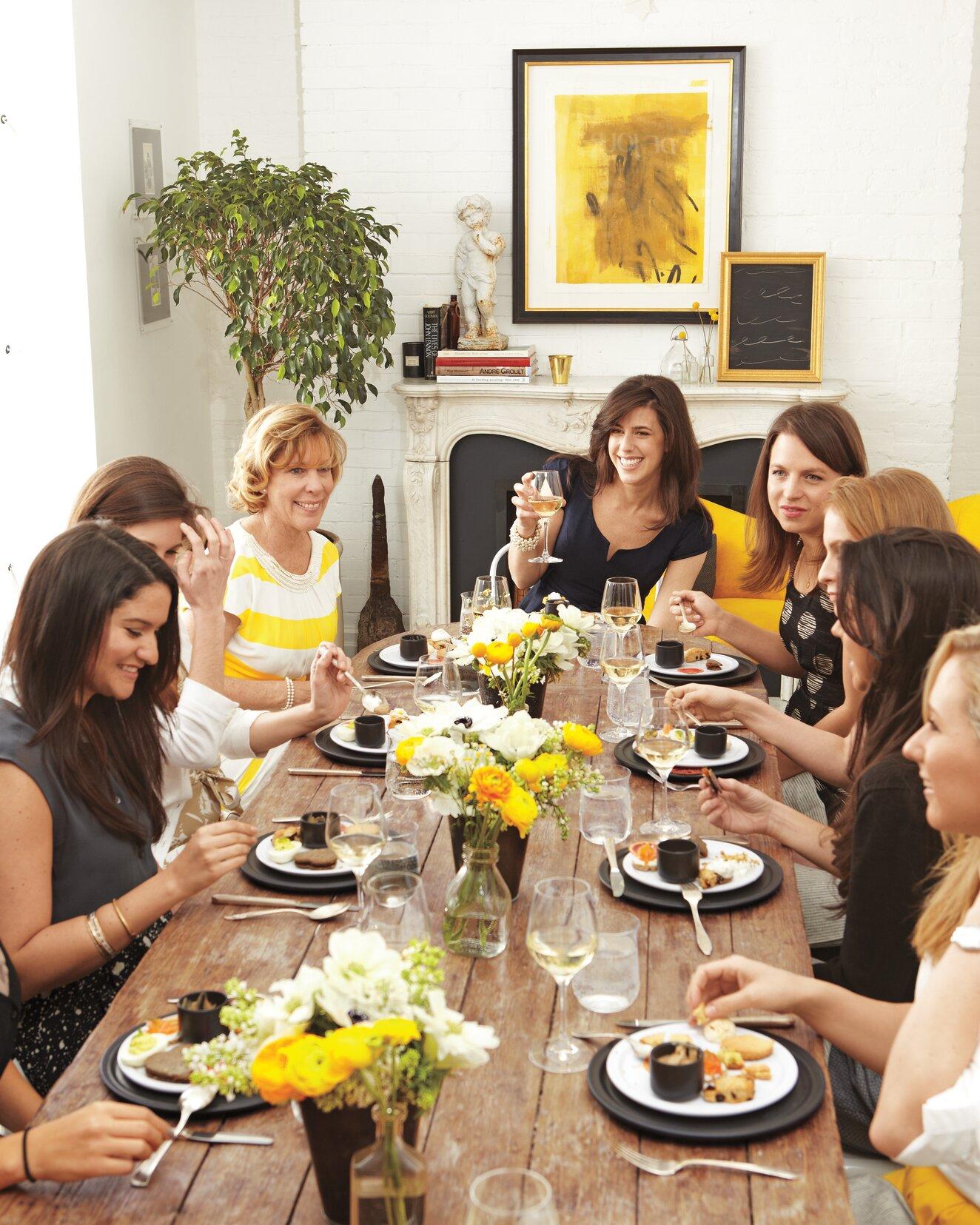 6 Tips For Hosting A Bridal Shower At Home Martha Stewart Weddings
