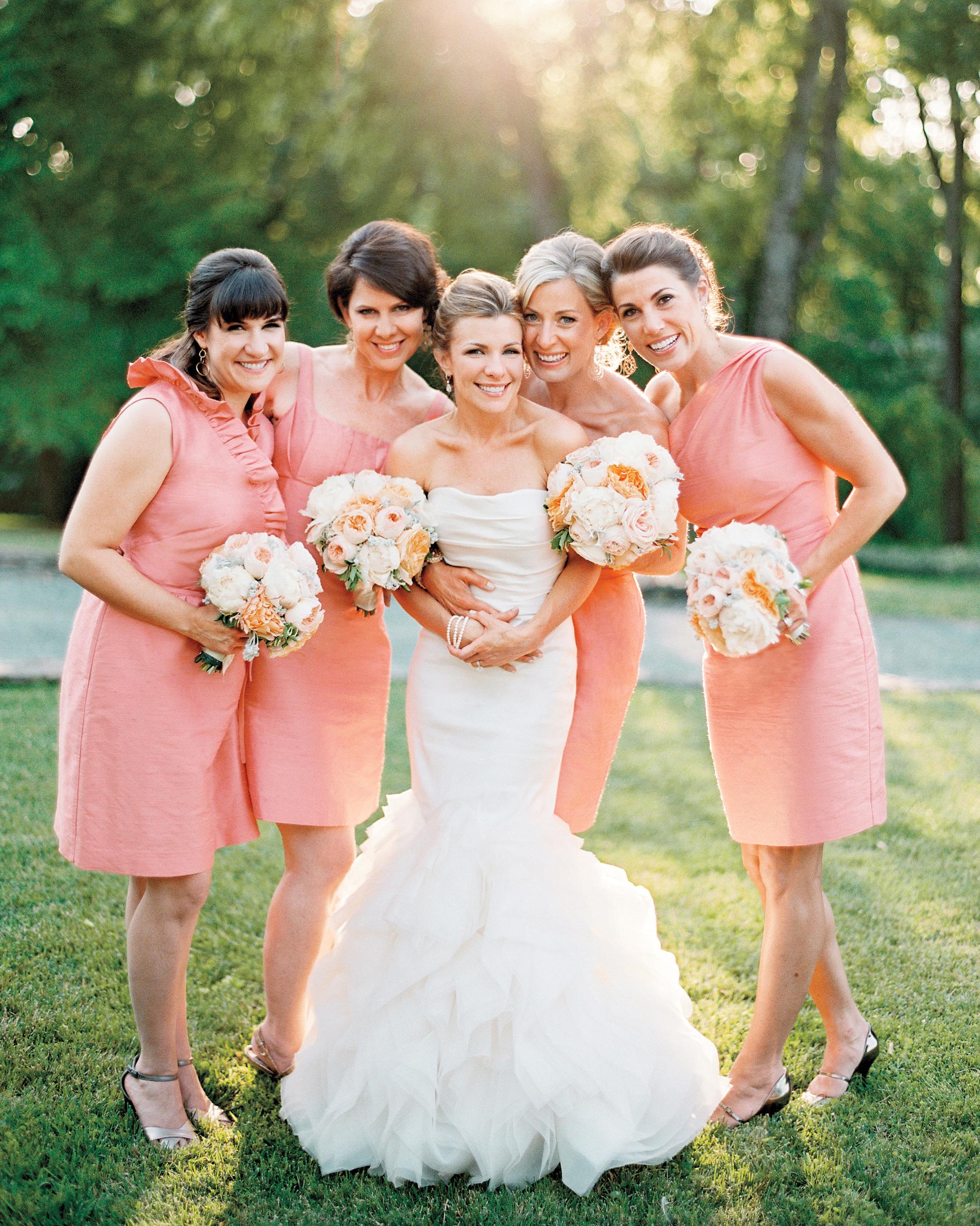 joanna-kyle-real-weddings-bride-bridesmaids-008978-r1-012-d111223.jpg